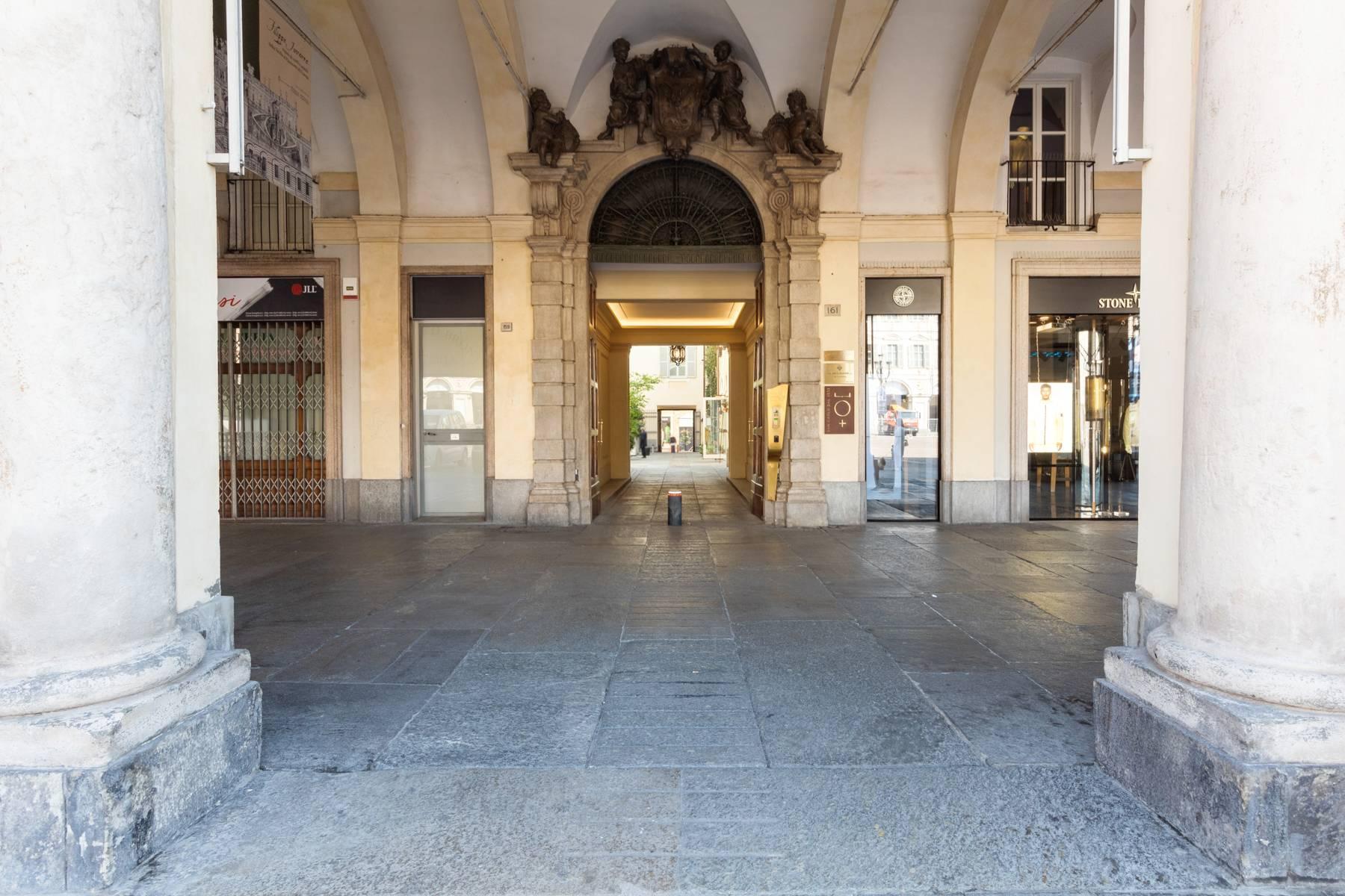 Unique penthouse in Piazza San Carlo - 19
