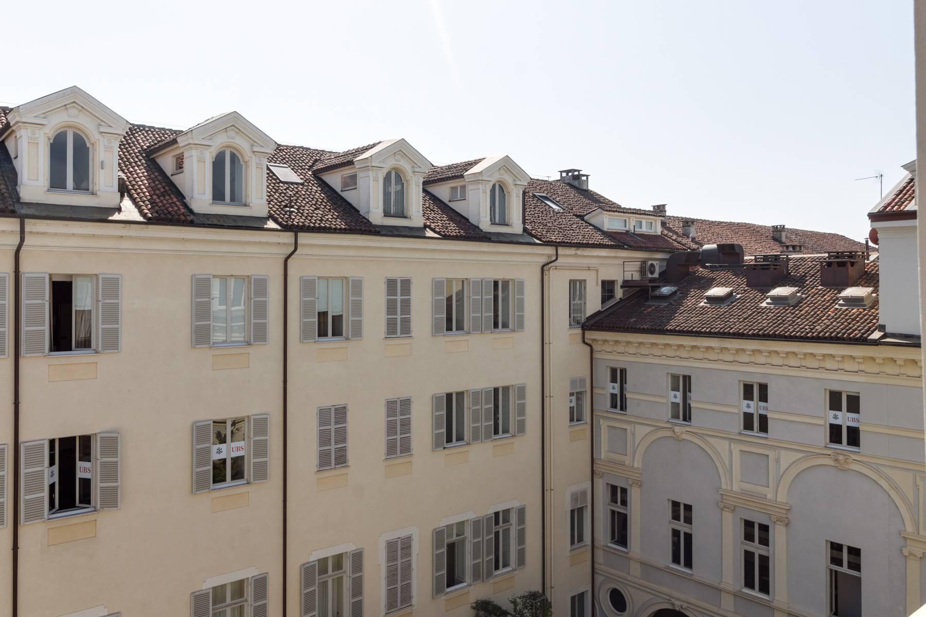 Herrliche Penthouse auf dem Piazza San Carlo - 8