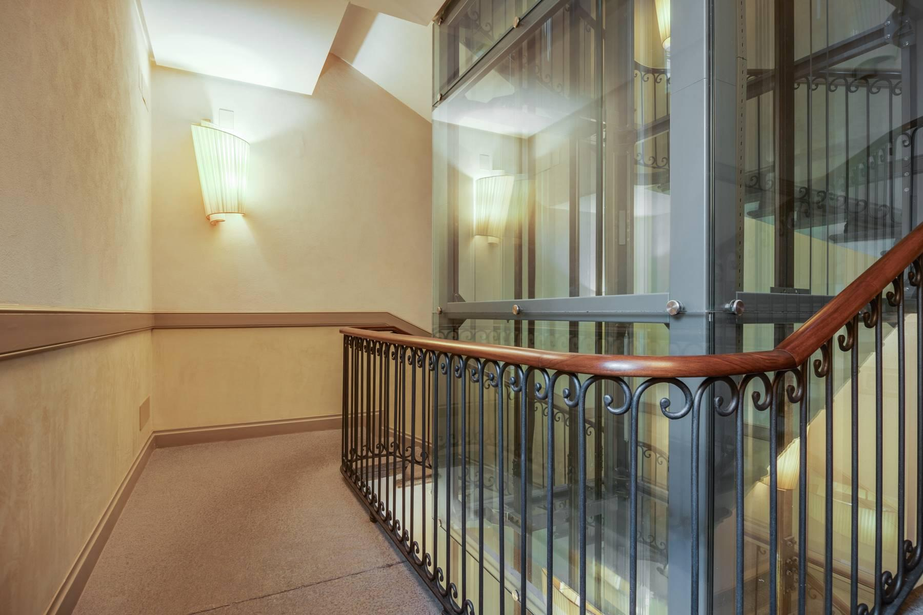 Luminoso appartamento in Piazza San Carlo - 10