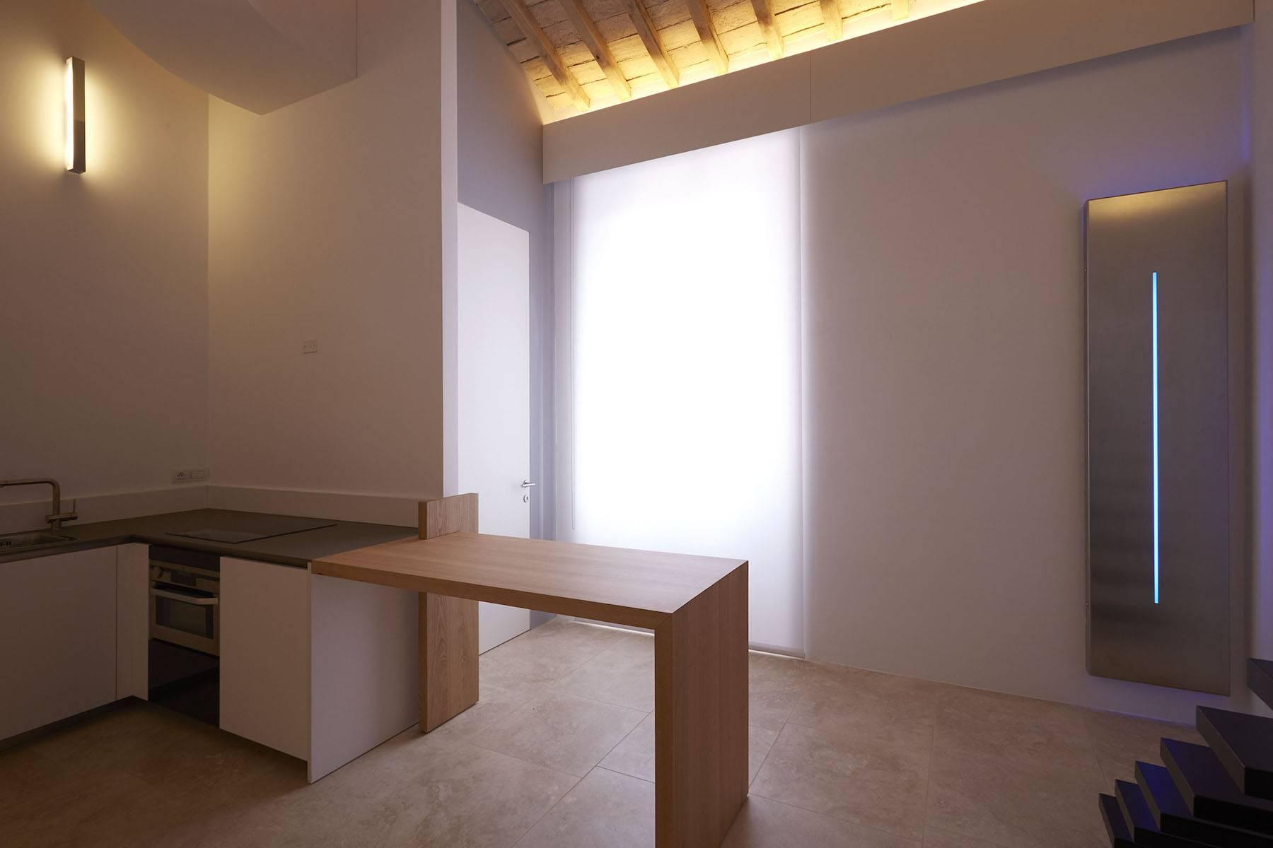 Finely Designed Loft Near Piazza Venezia - 2