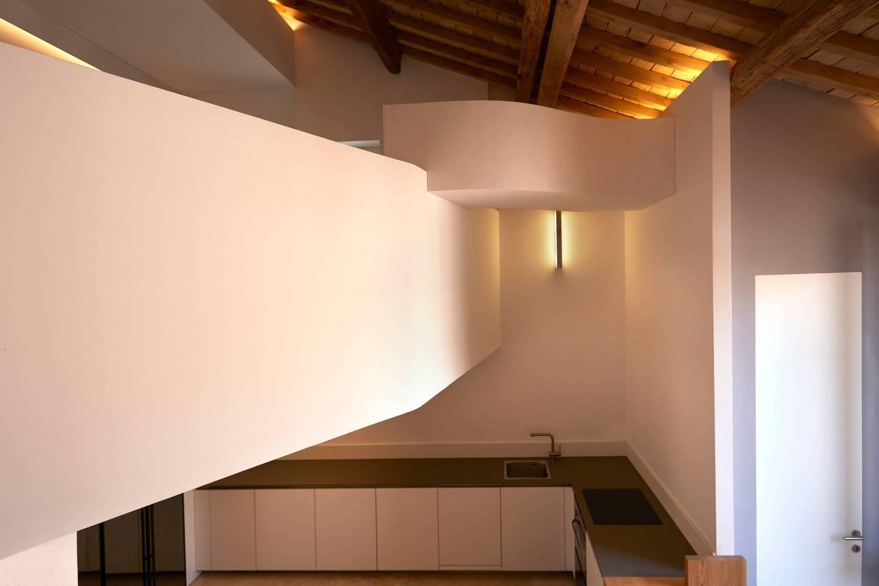 Finely Designed Loft Near Piazza Venezia - 11