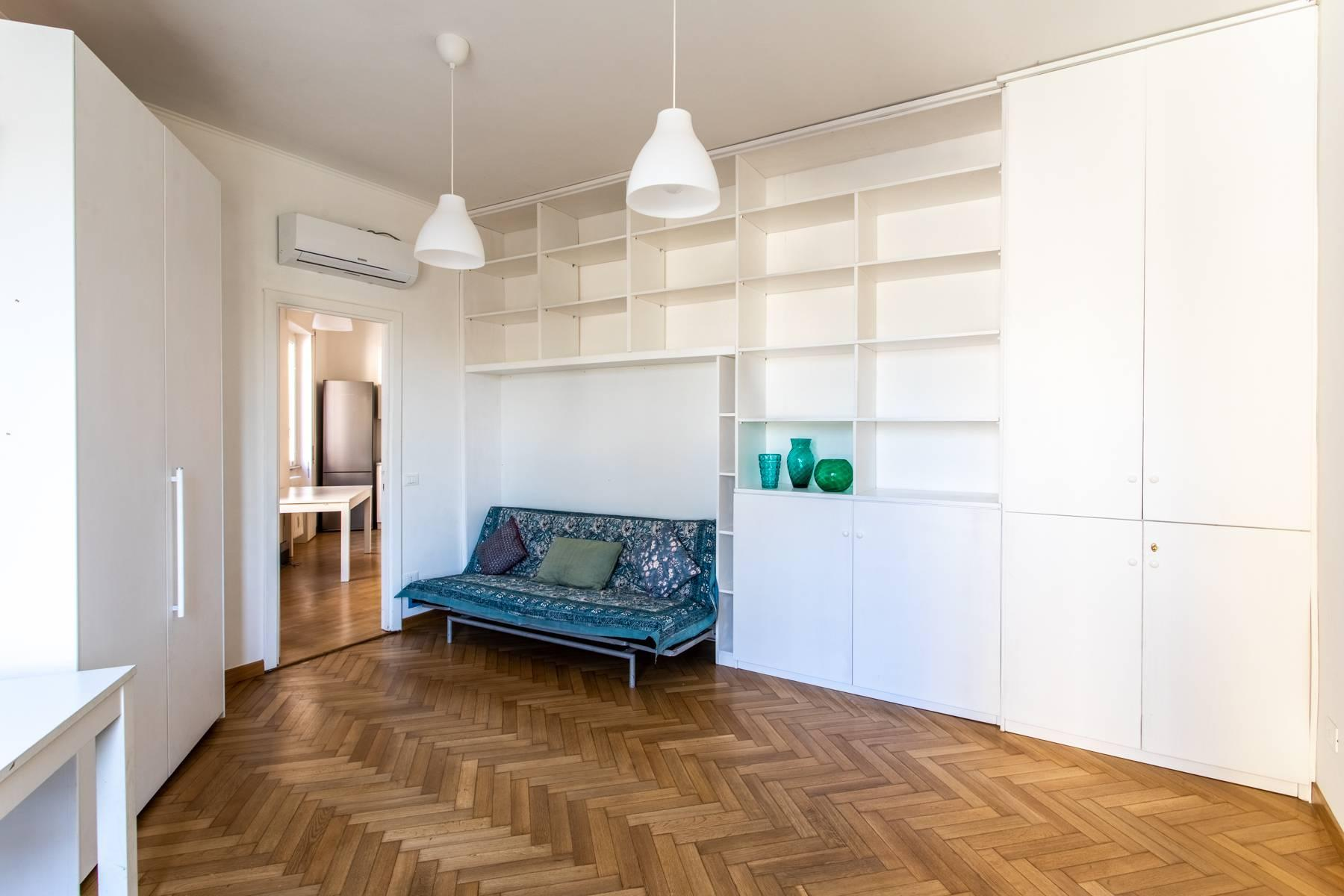 Bright apartment overlooking the Tiber in the historical city center - 7