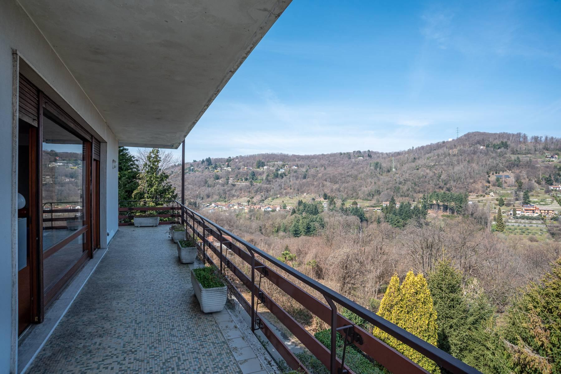 Villa on the hills of Arona overlooking the lake - 12