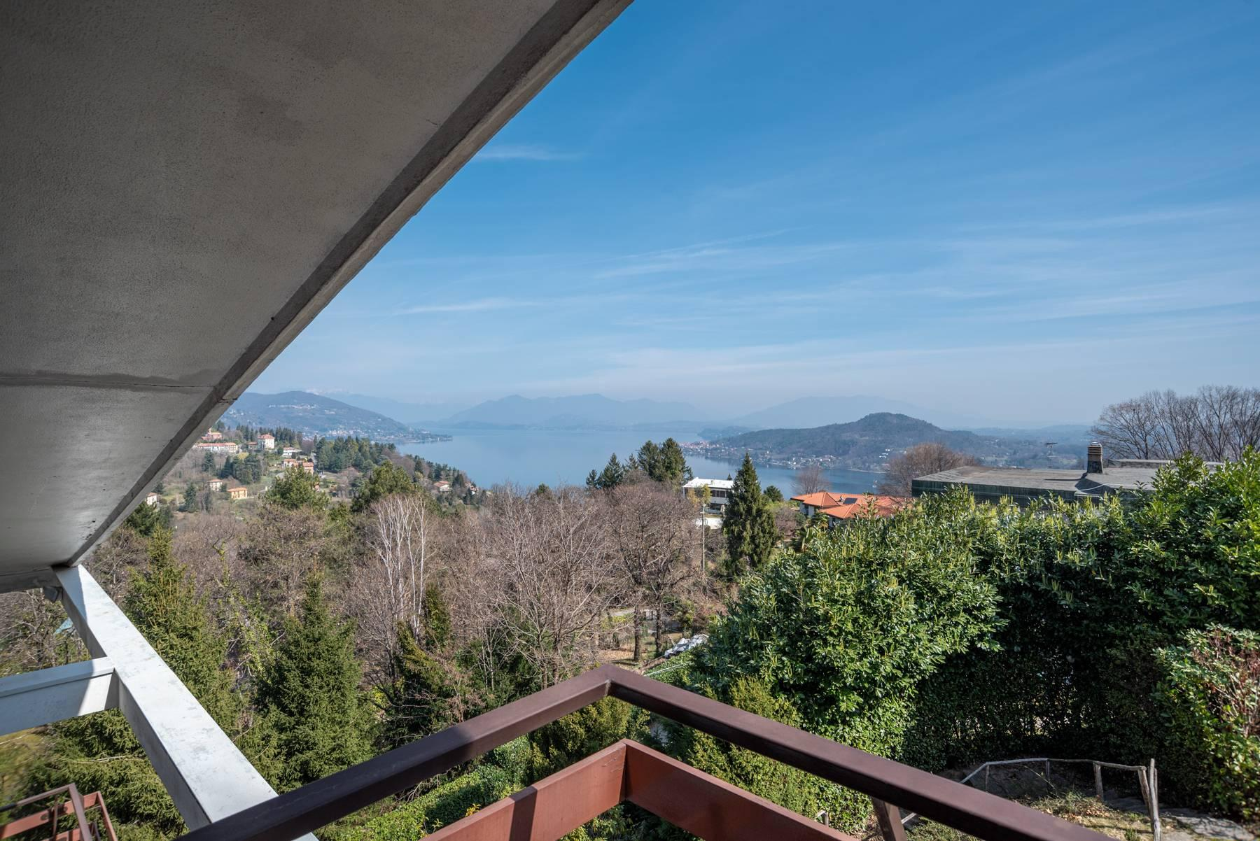 Villa on the hills of Arona overlooking the lake - 4