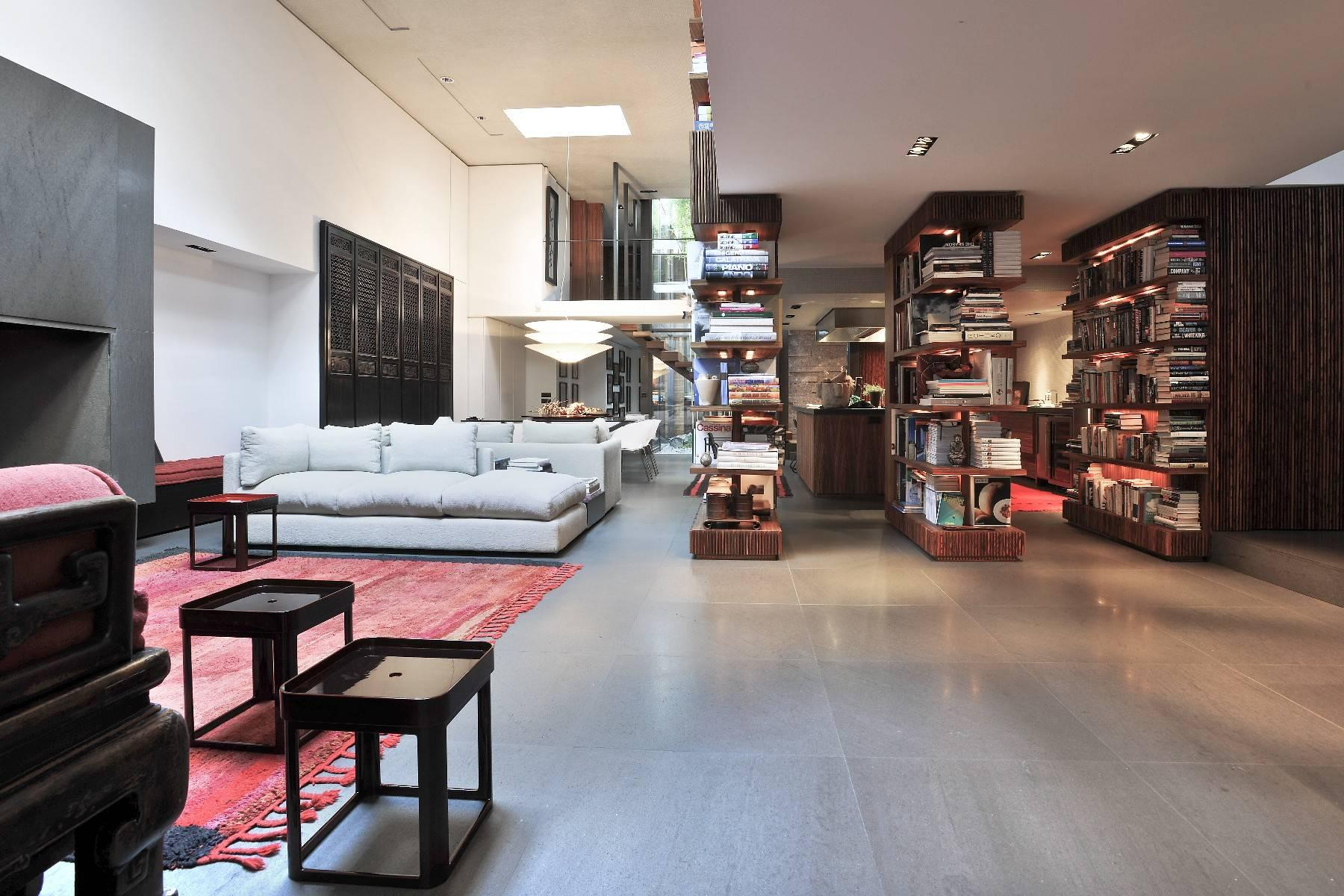 One-of-a-kind, spectacular townhouse in the center Milan - 2