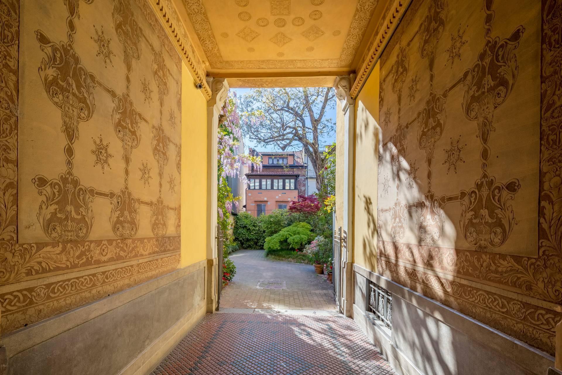 Elegant residence overlooking a lush flower garden - 1