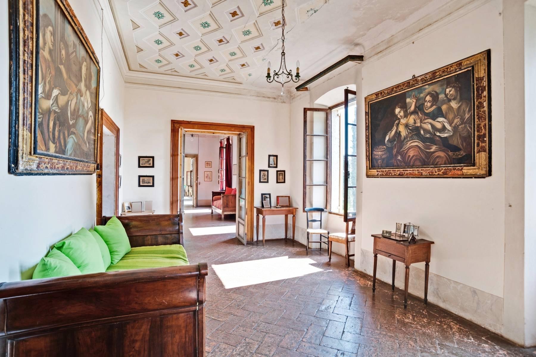 Historische Villa auf den Moränenhügeln in der Nähe des Gardasees - 18