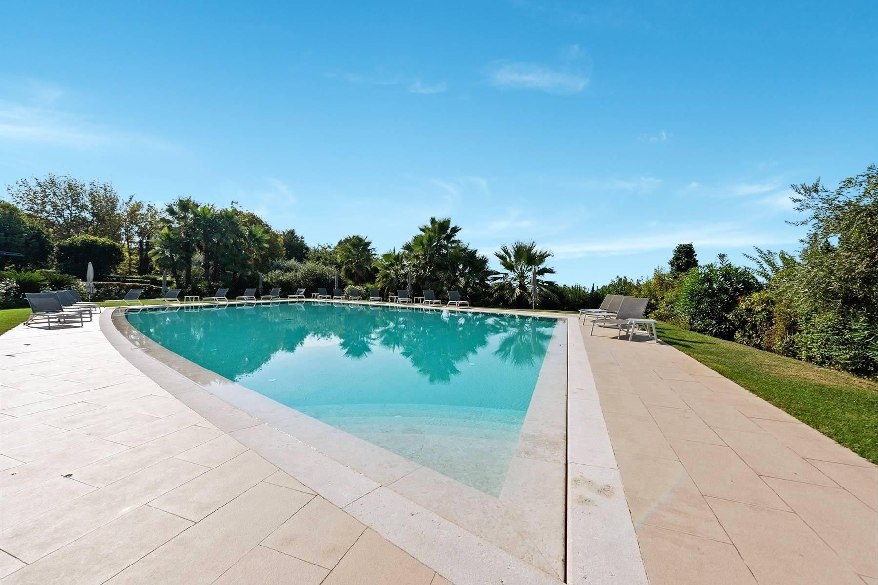 Вилла в элегантной резиденции с бассейном - 12