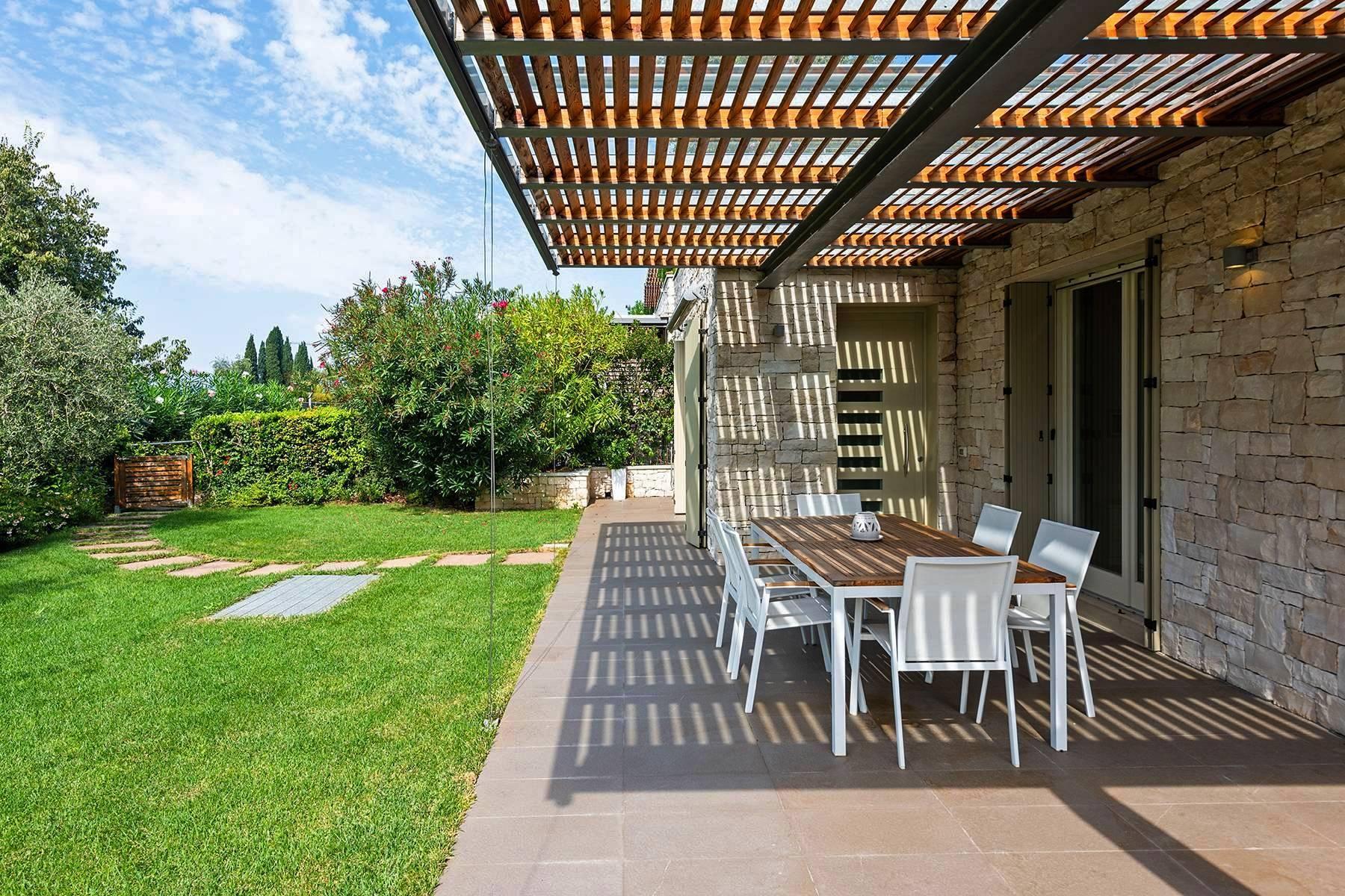 Villa im eleganten Wohnkomplex mit Pool - 13