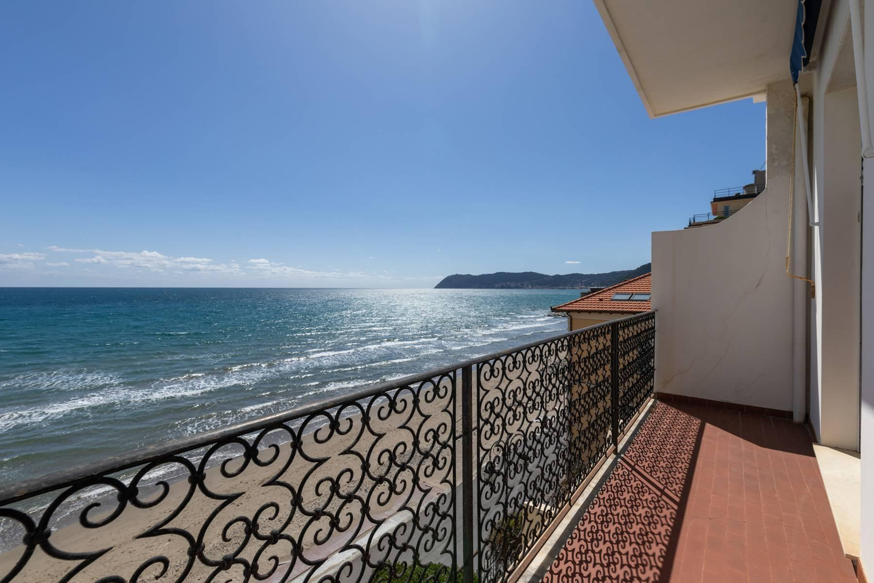 Panorama-Wohnung am Meer in Alassio - 10