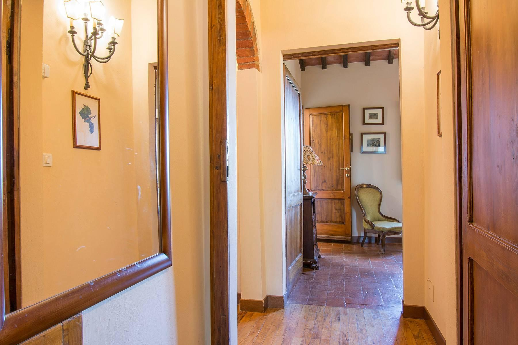 House in the Tuscan Hills for Sale - 33