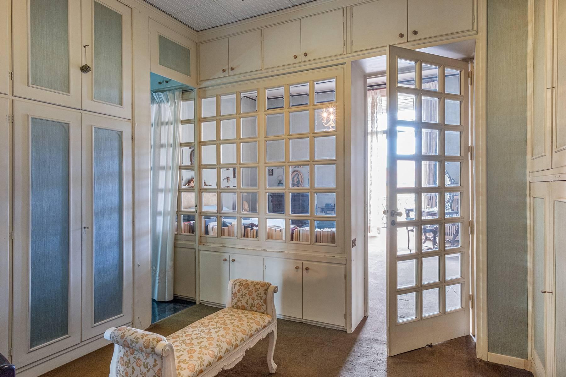 Prächtige repräsentative Wohnung in einer historischen Residenz - 20