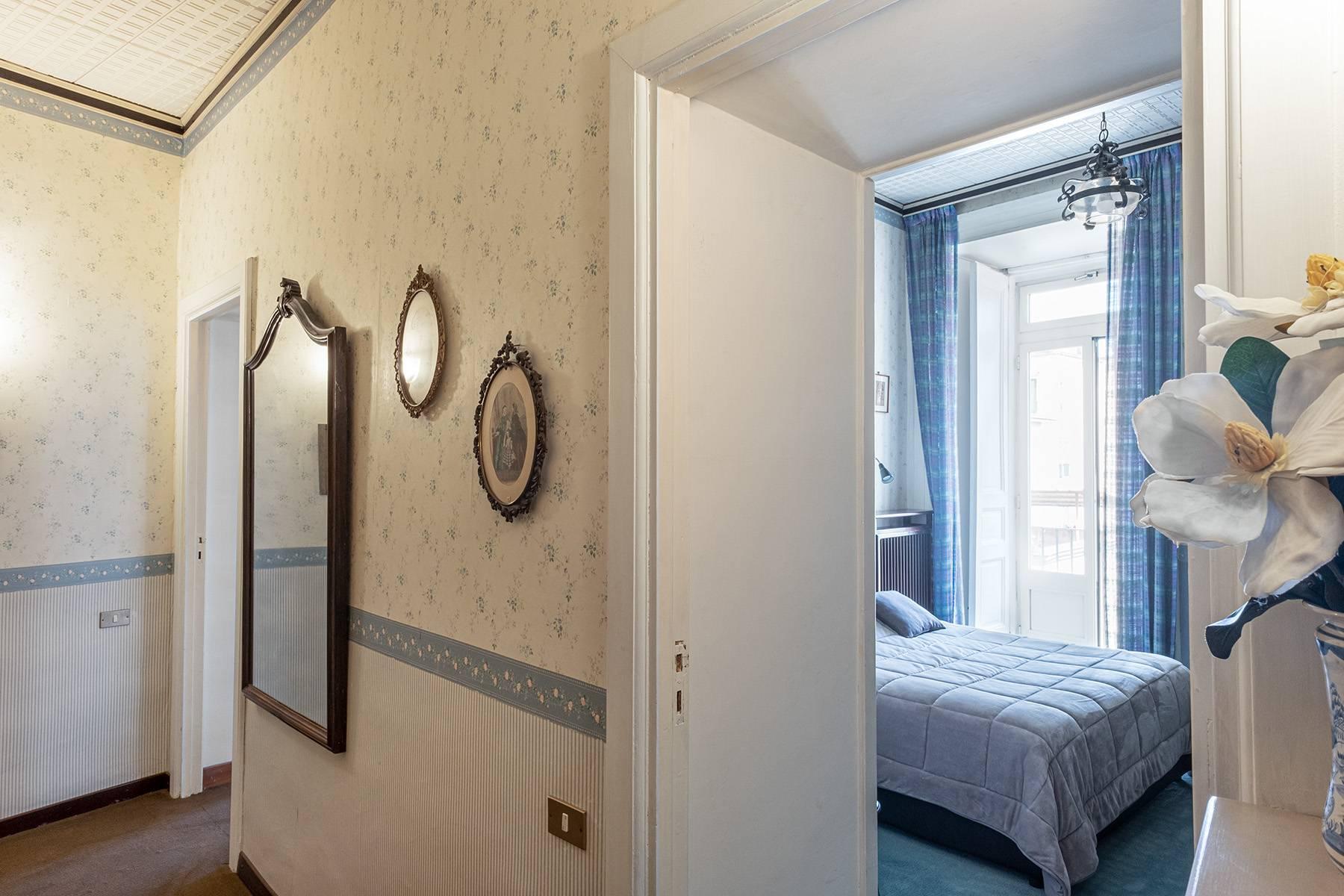 Prächtige repräsentative Wohnung in einer historischen Residenz - 21