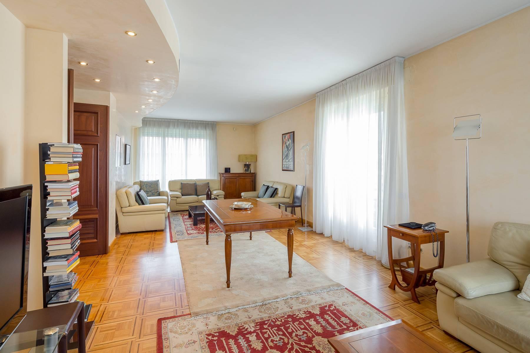 Schöne möblierte Wohnung im Buonarroti Stadtviertel - 3
