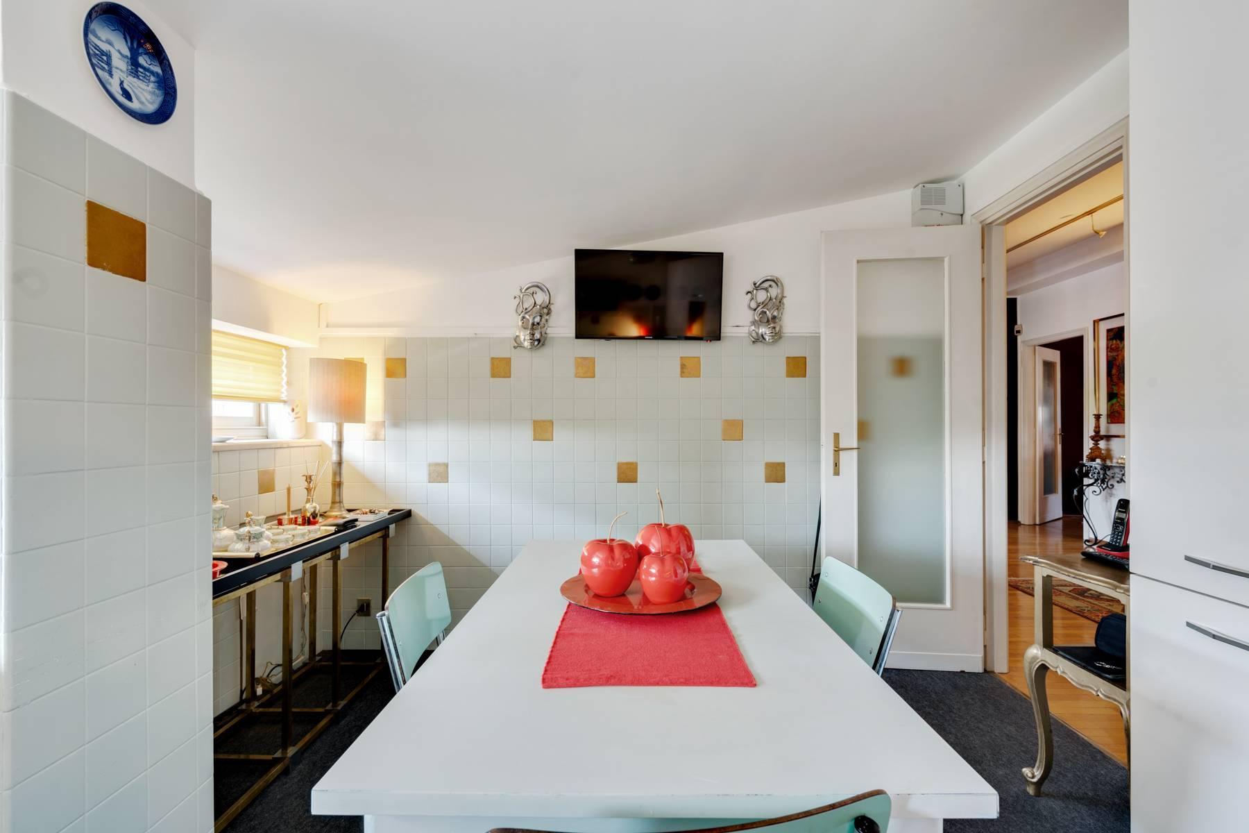 Bright design apartment - 16