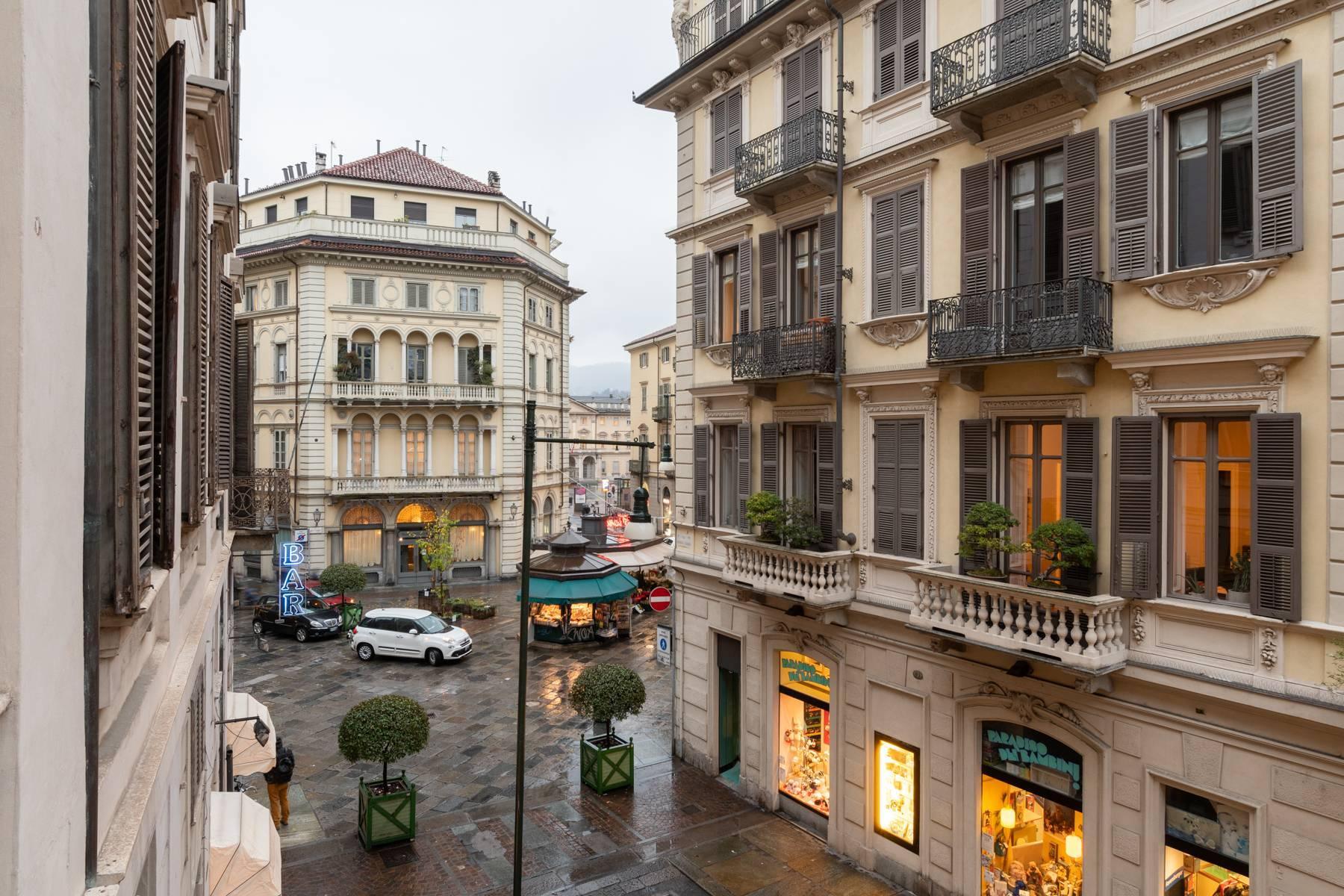 Elegant apartment in historical Palazzo - 4