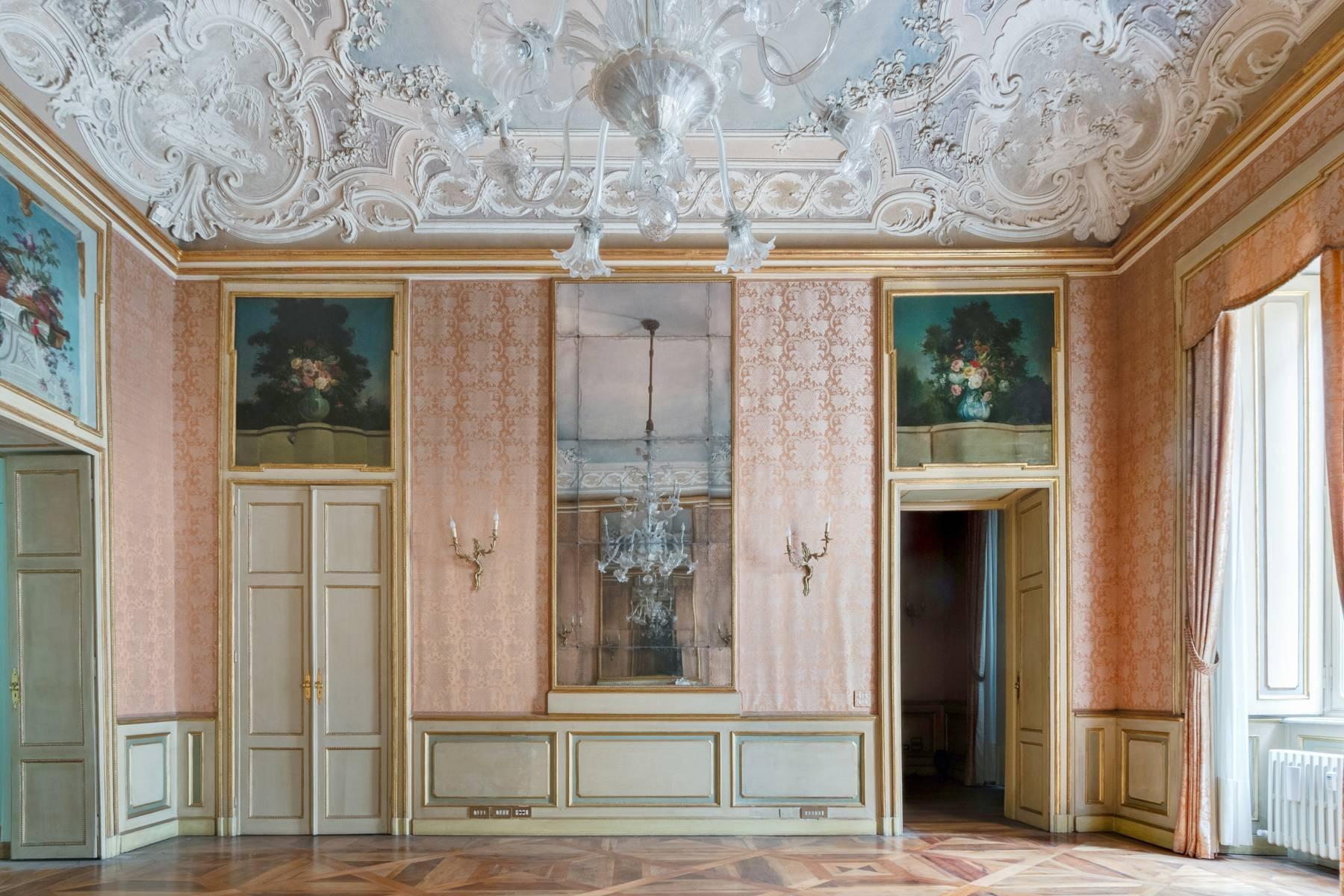 Luxus-Wohnung im historischen Palast - 16