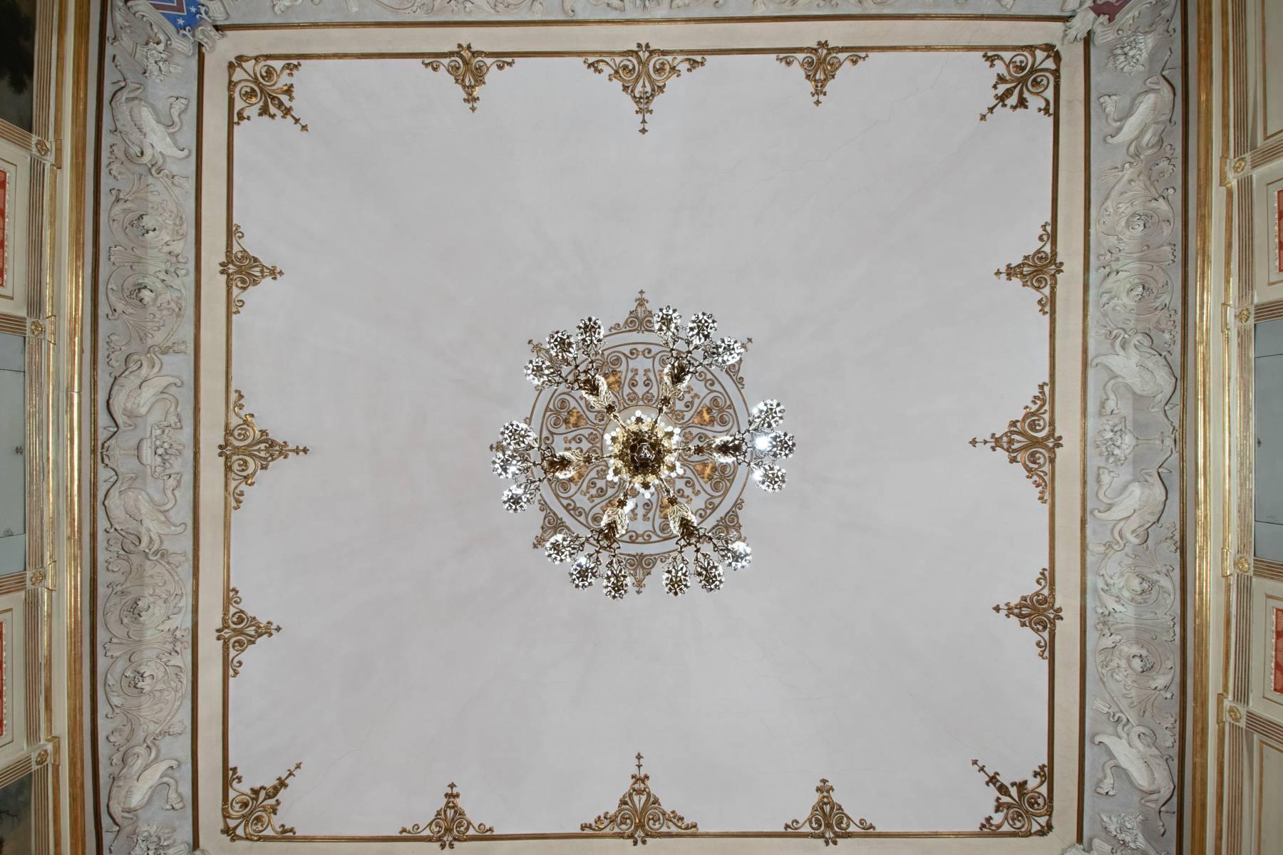Luxus-Wohnung im historischen Palast - 6