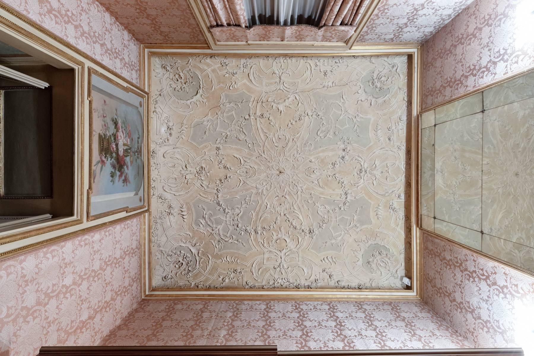 Luxus-Wohnung im historischen Palast - 17