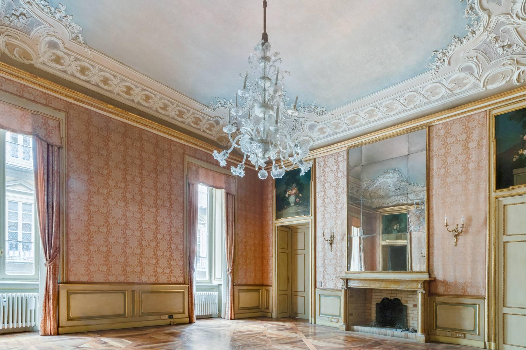 Luxus-Wohnung im historischen Palast - 15