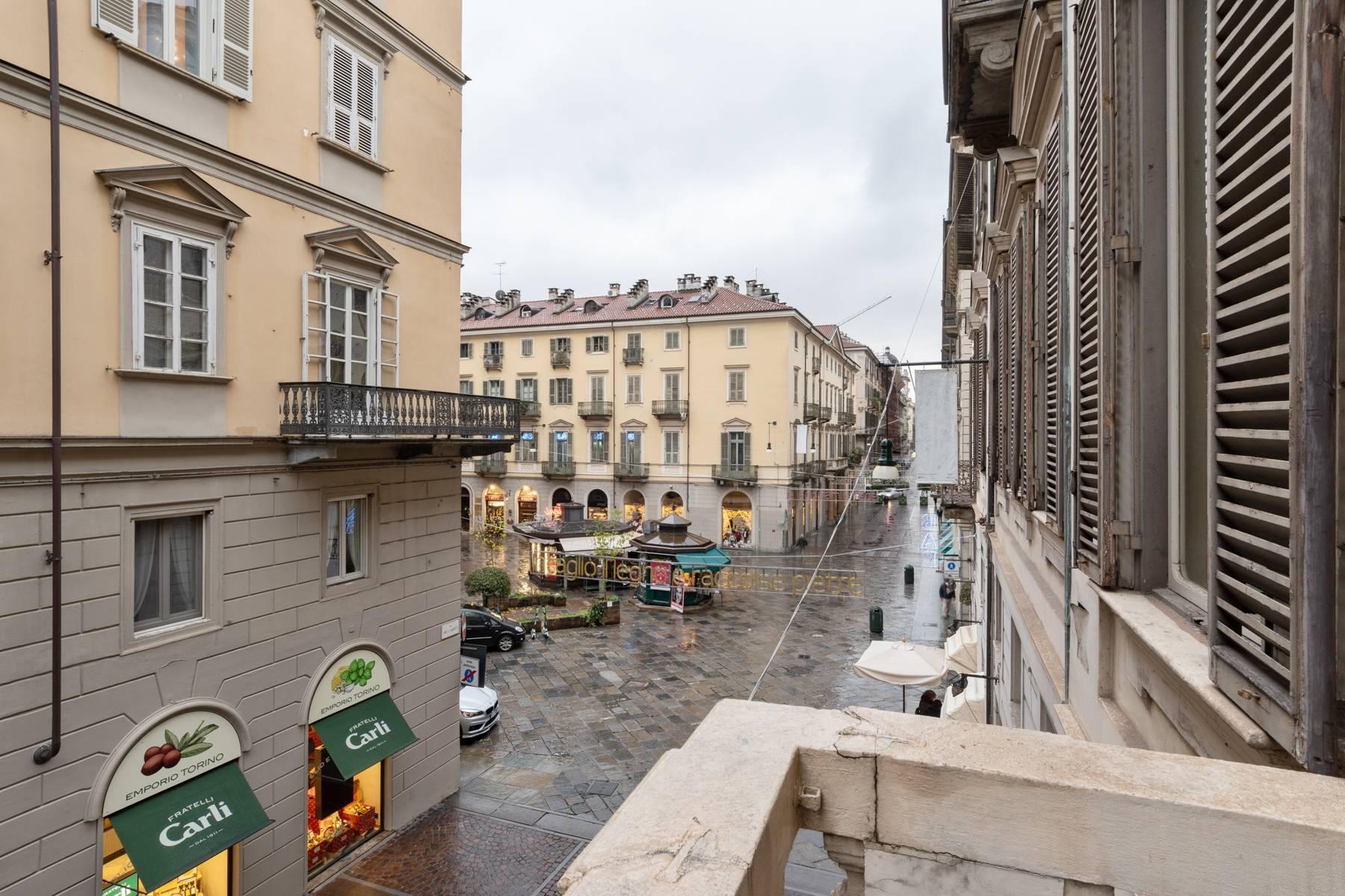 Luxus-Wohnung im historischen Palast - 20