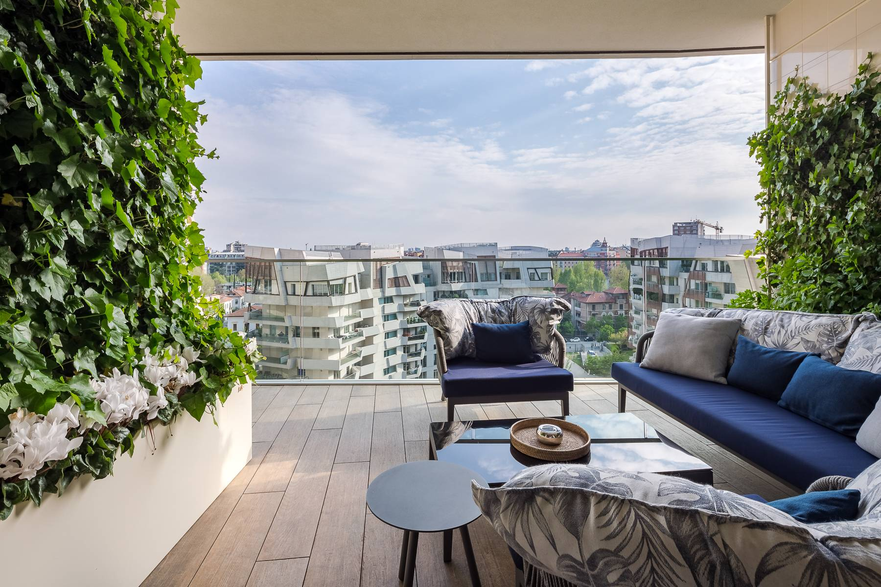 Wonderful apartment with terrace designer furniture in the City Life district - 6