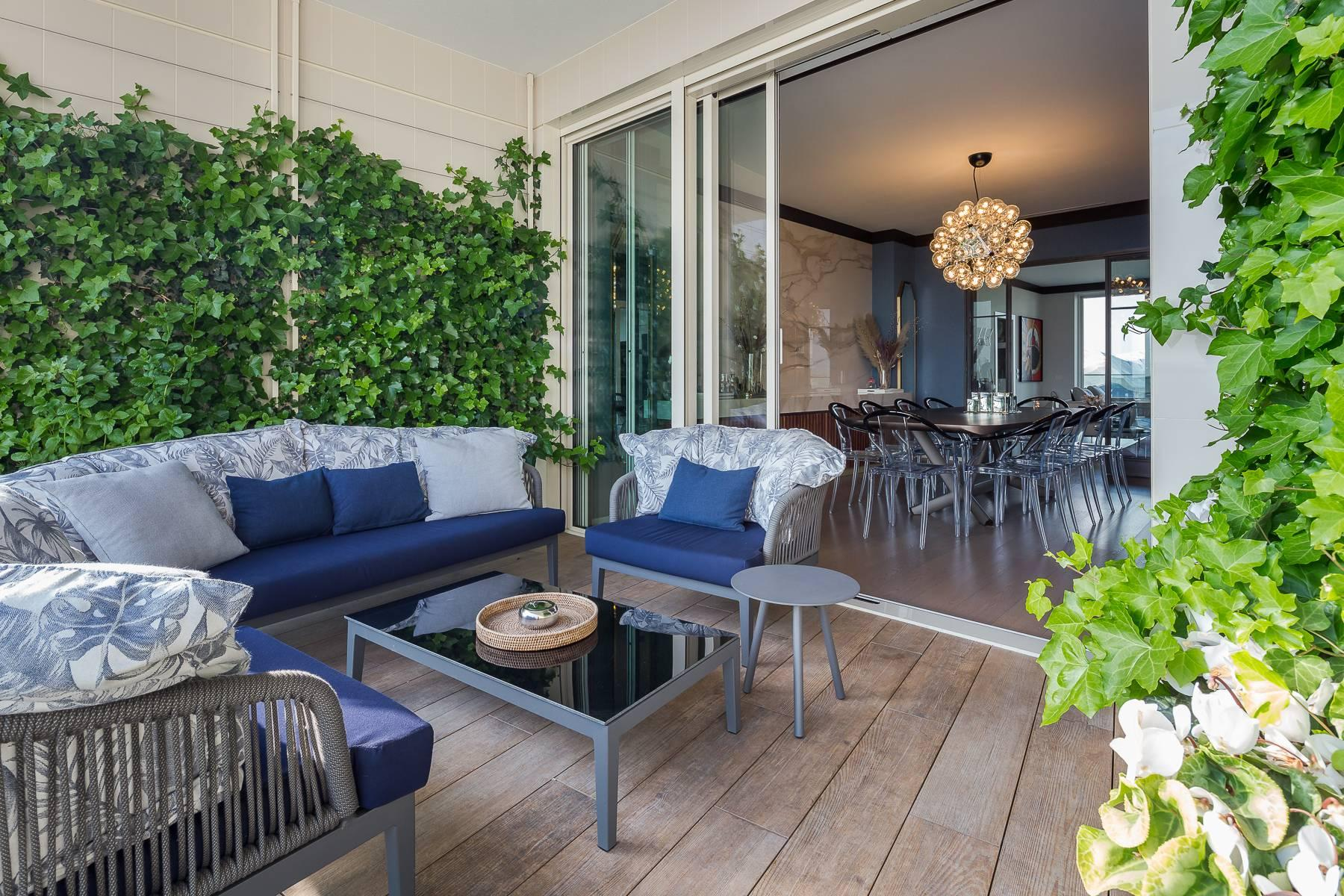 Wonderful apartment with terrace designer furniture in the City Life district - 39