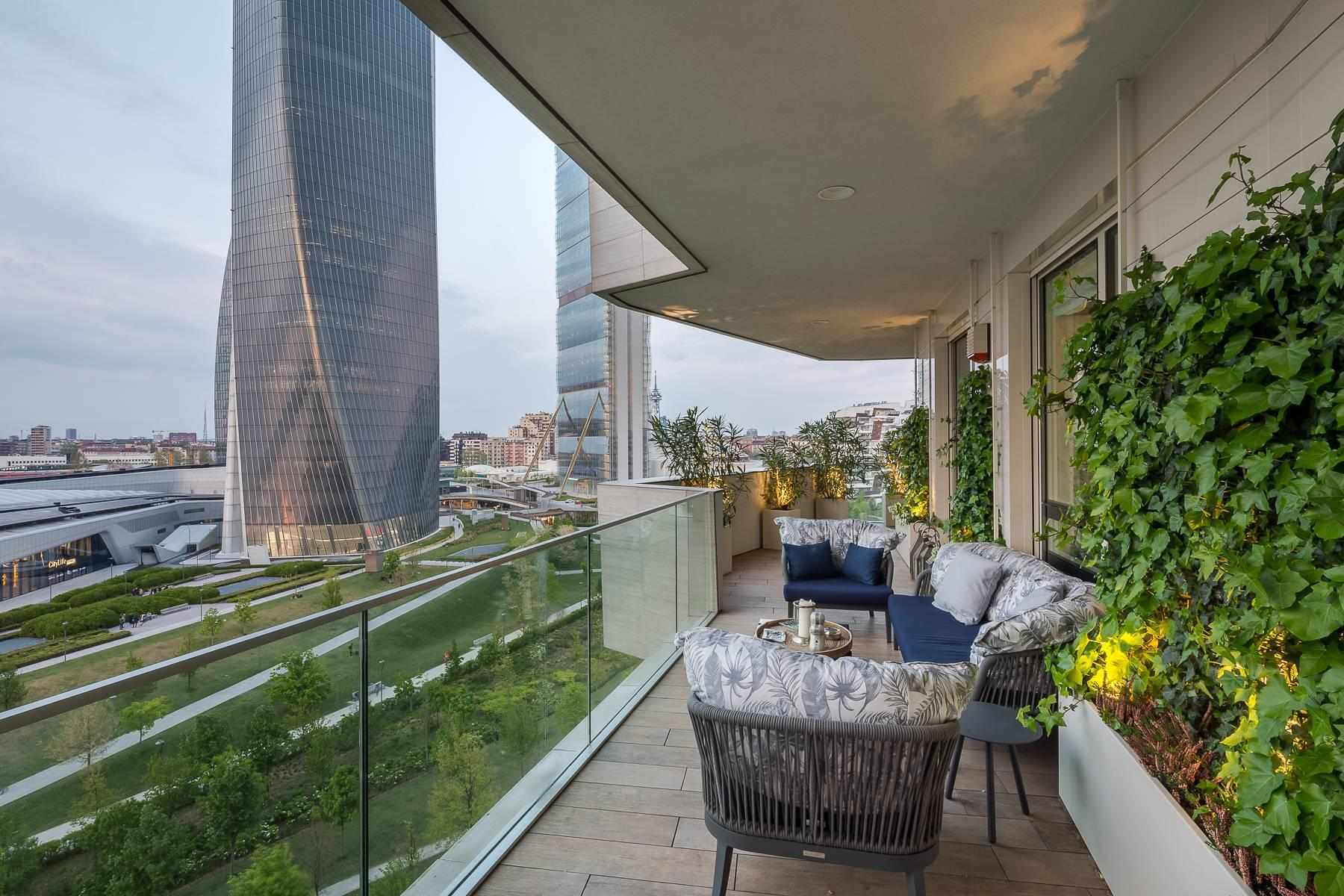 Wonderful apartment with terrace designer furniture in the City Life district - 44