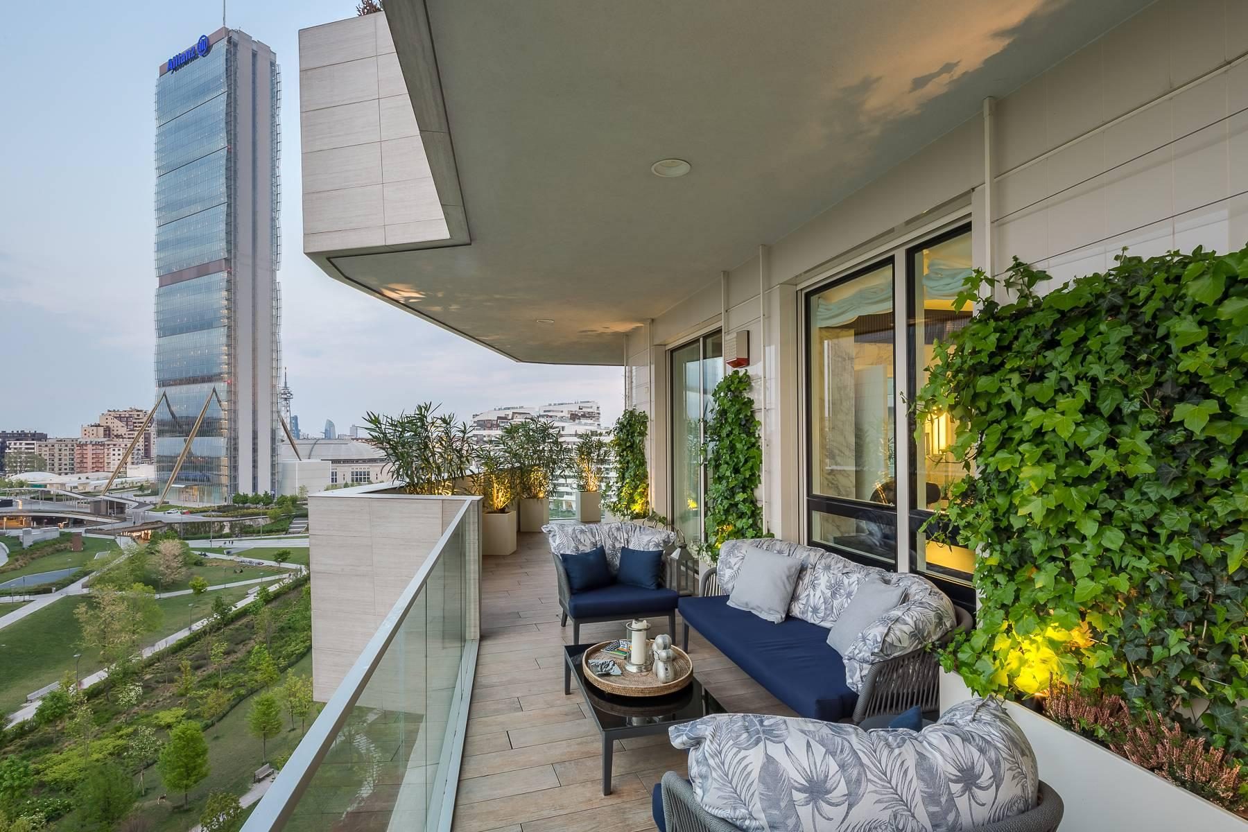 Wonderful apartment with terrace designer furniture in the City Life district - 33