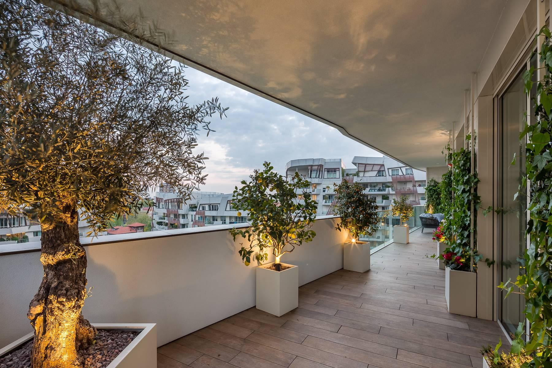 Wonderful apartment with terrace designer furniture in the City Life district - 47