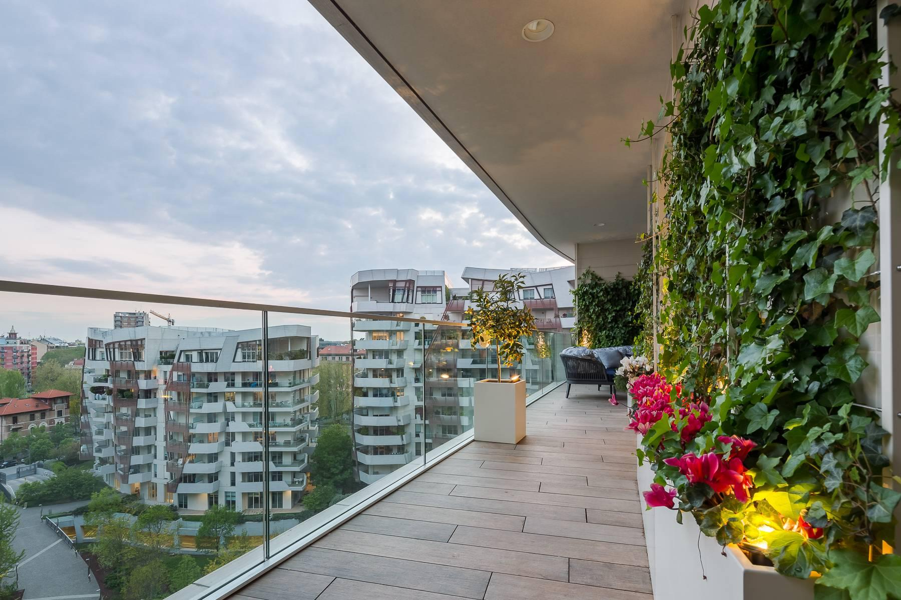 Wonderful apartment with terrace designer furniture in the City Life district - 34