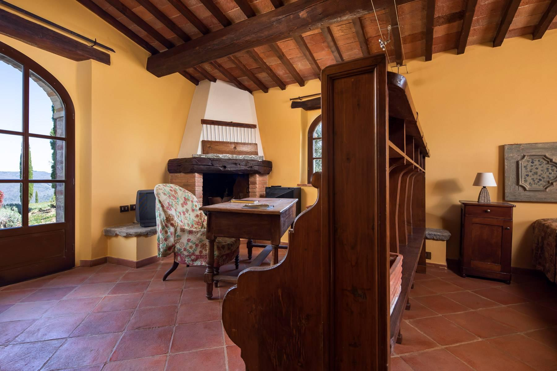 Magnificent cottage in the countryside of Arezzo - 11
