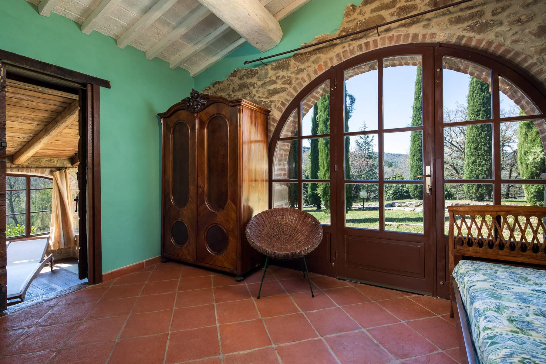 Magnificent cottage in the countryside of Arezzo - 18