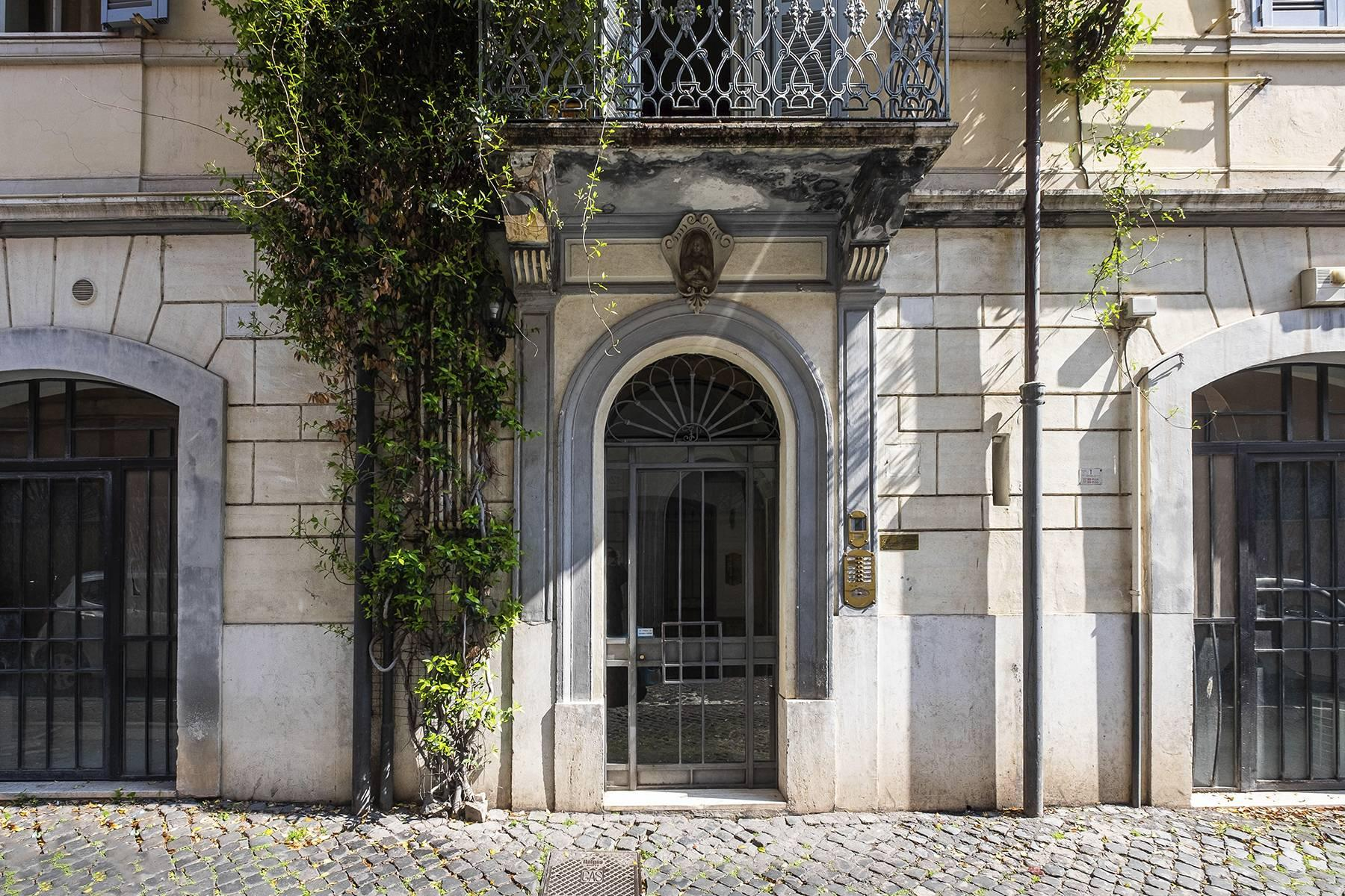 Charming apartment a stone's throw from the Palatine Hill - 21