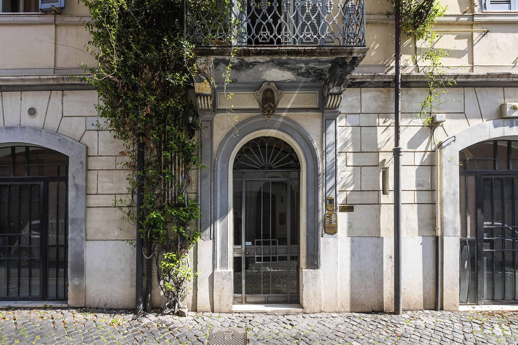 Affascinante appartamento a due passi dal Palatino - 21