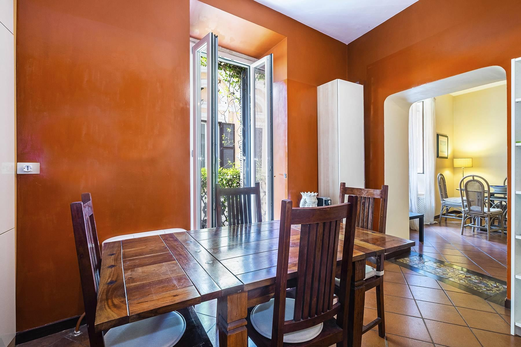 Charming apartment a stone's throw from the Palatine Hill - 4
