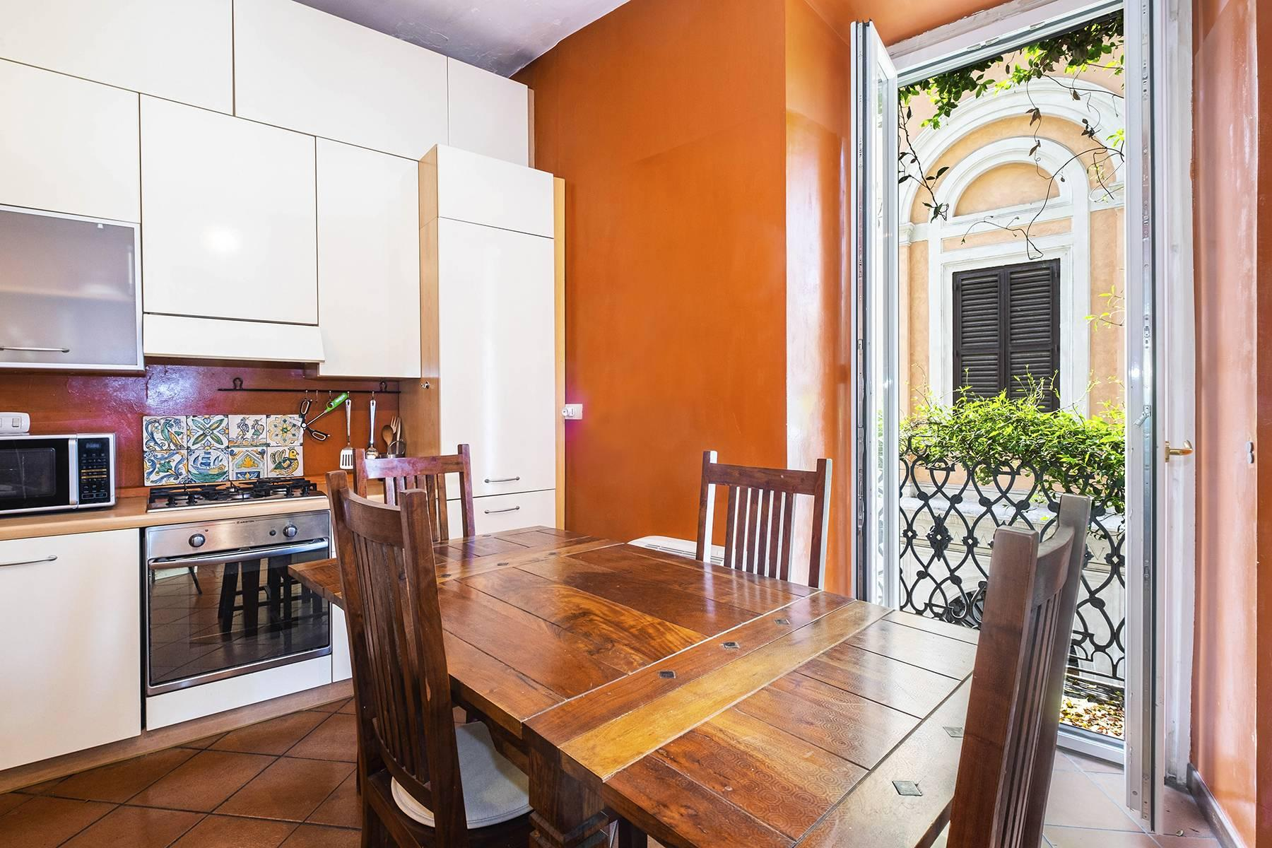 Charming apartment a stone's throw from the Palatine Hill - 5