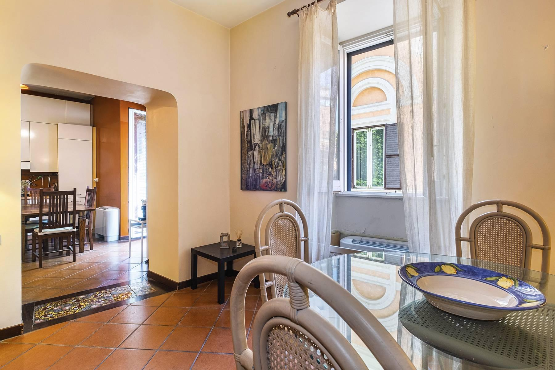 Charming apartment a stone's throw from the Palatine Hill - 6