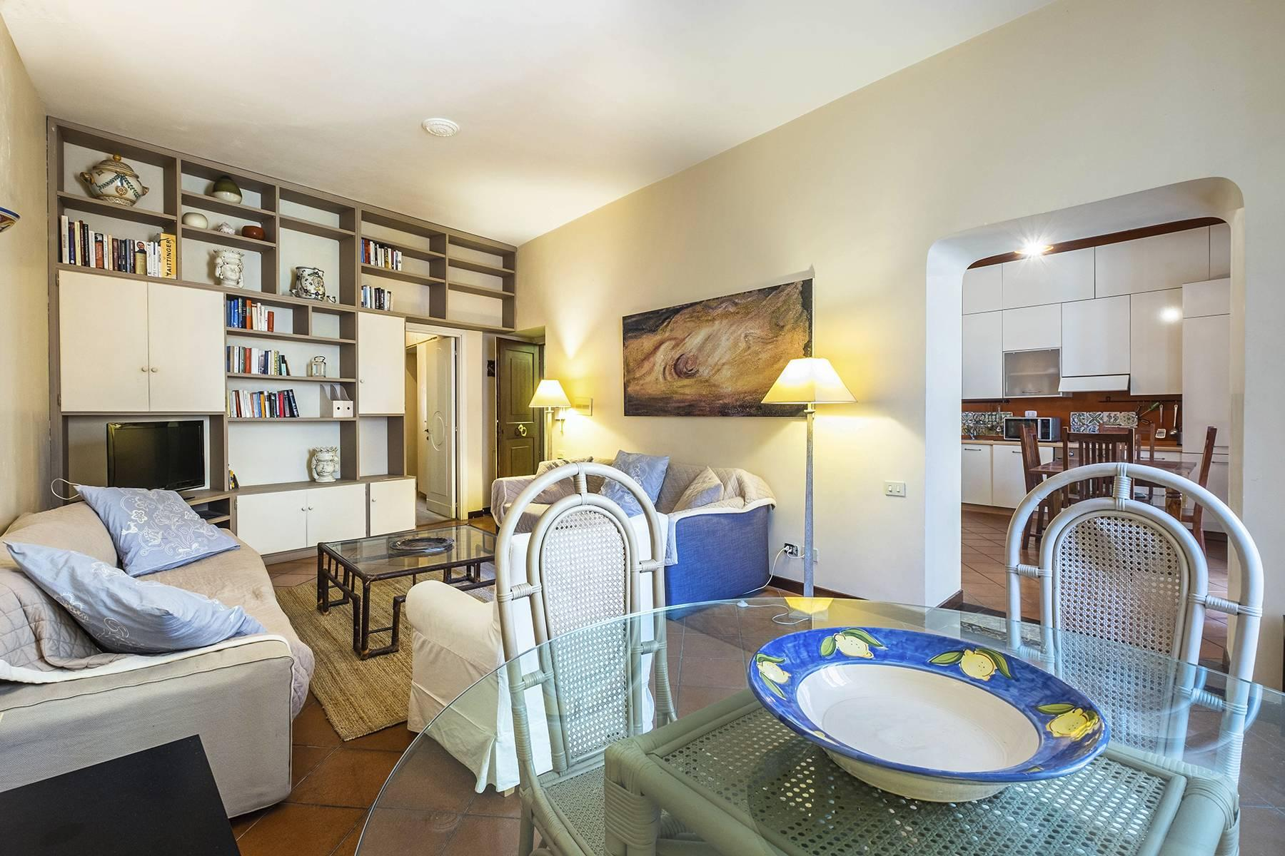 Charming apartment a stone's throw from the Palatine Hill - 3