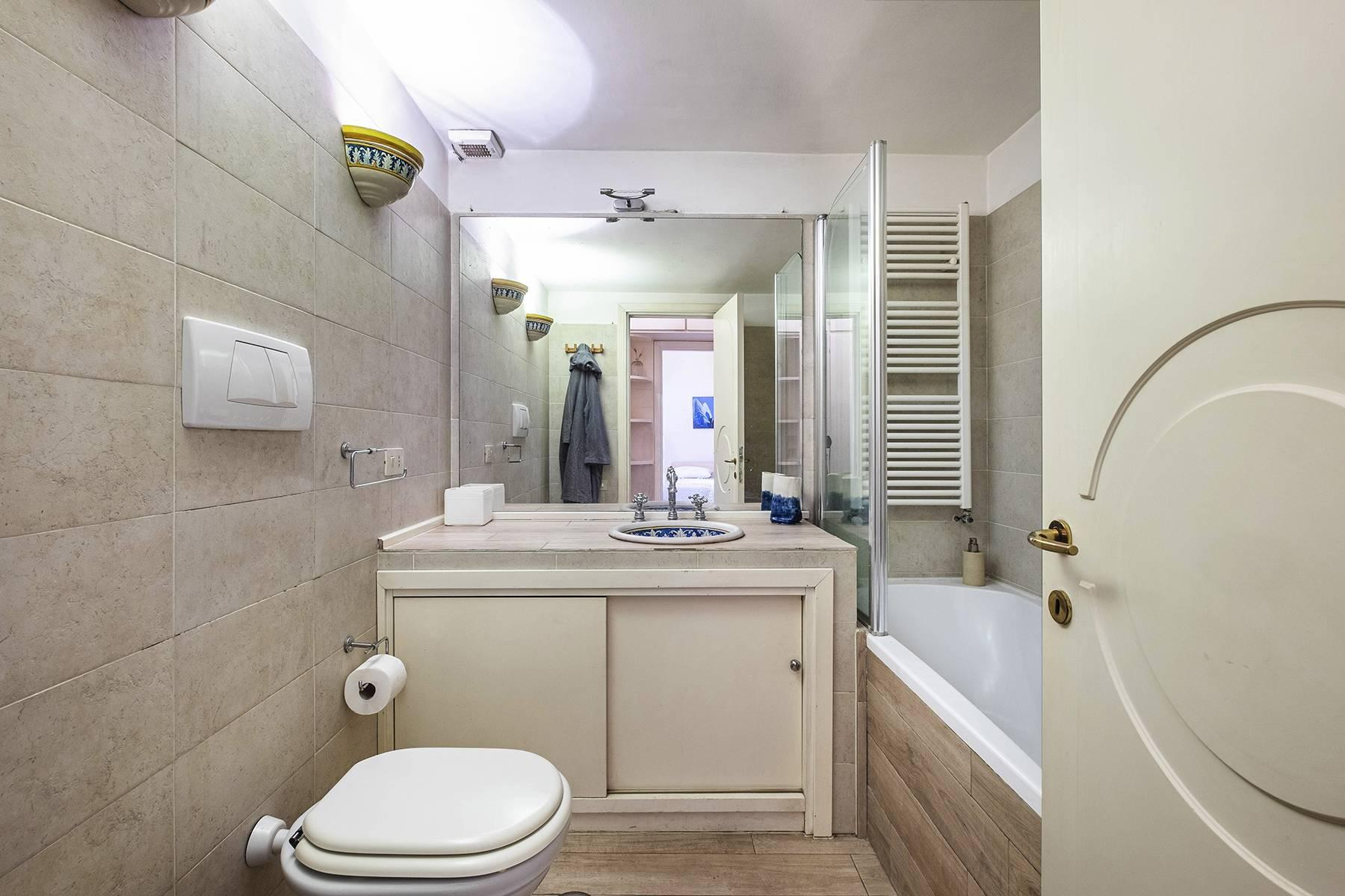 Charming apartment a stone's throw from the Palatine Hill - 16