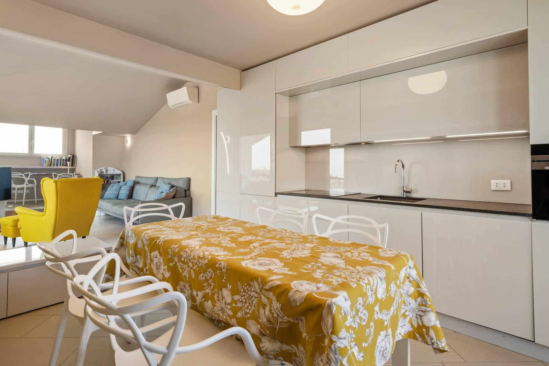 Изысканная квартира с прекрасным видом на озеро Гарда - 10