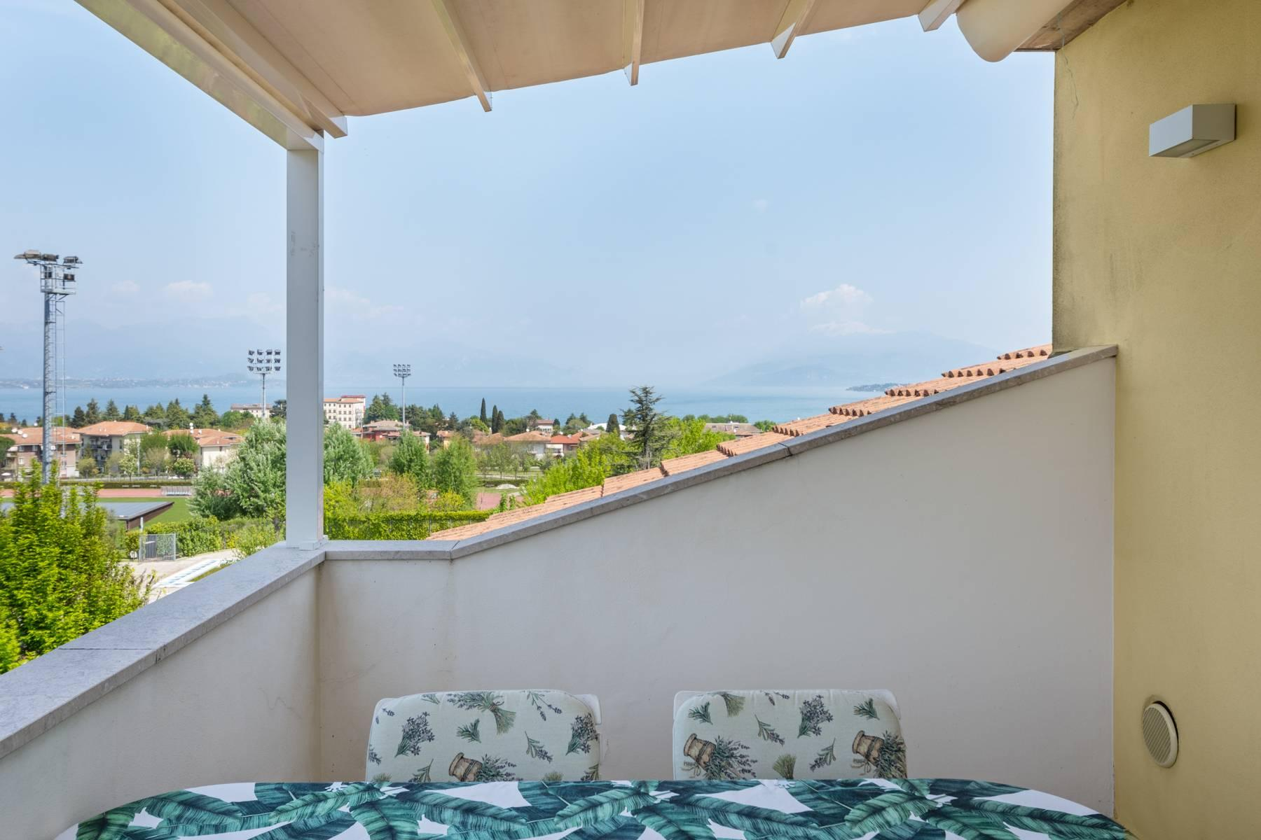 Refined apartment with wonderful view of Lake Garda - 2