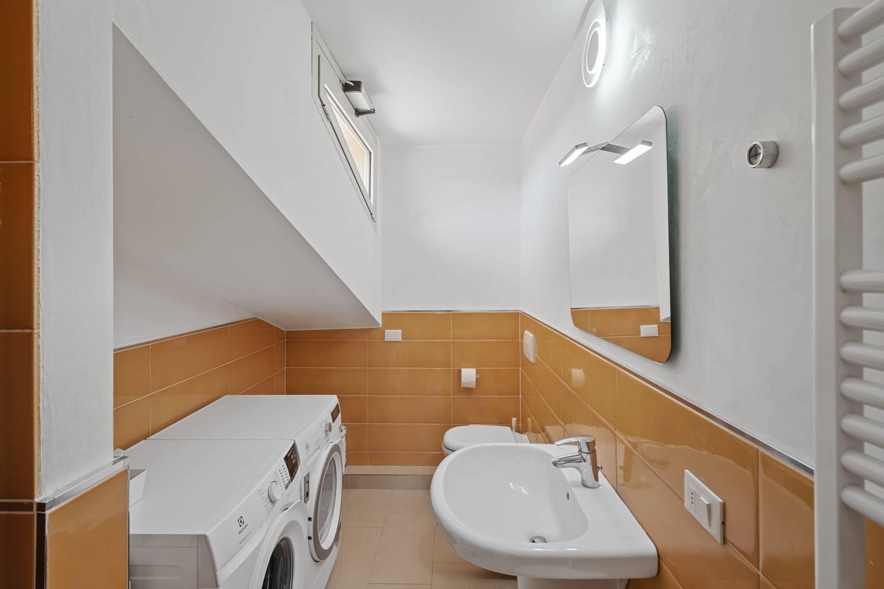 Изысканная квартира с прекрасным видом на озеро Гарда - 20
