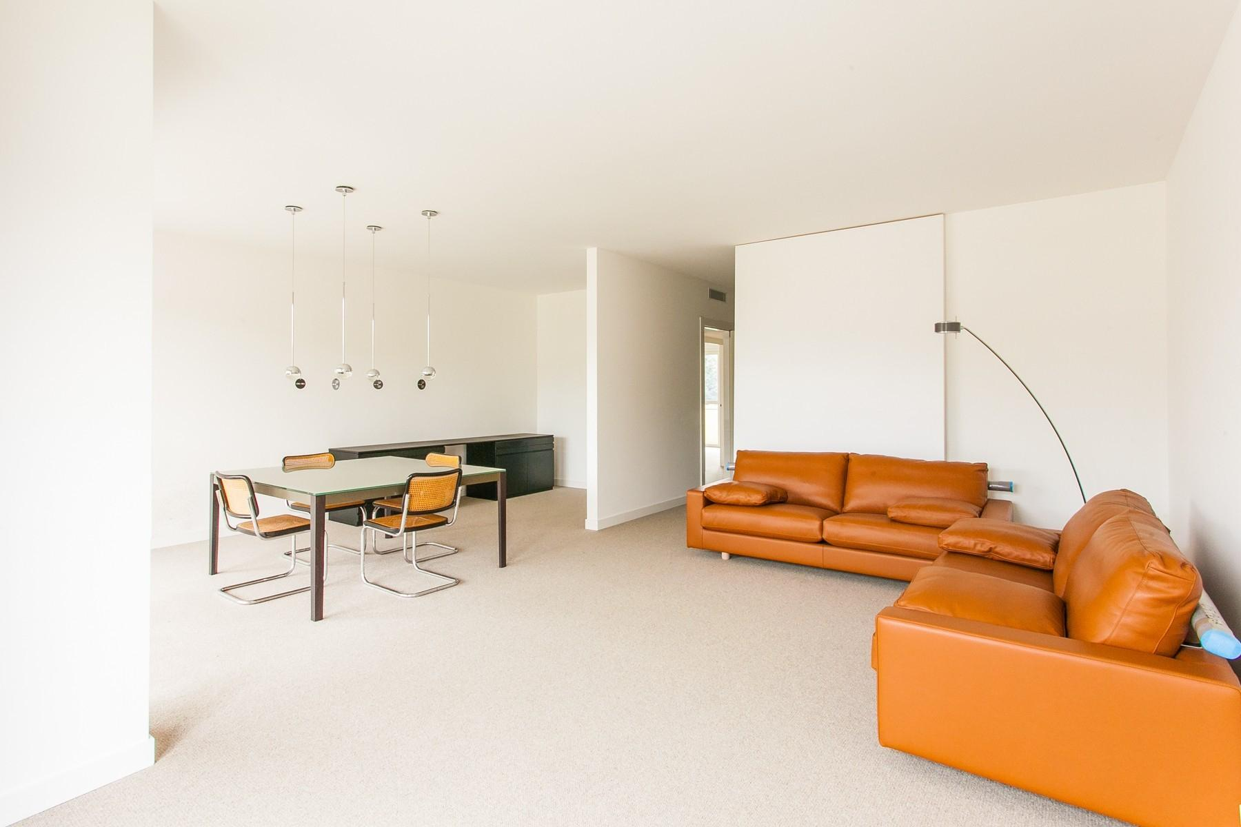 New modern apartment with large terrace - 1