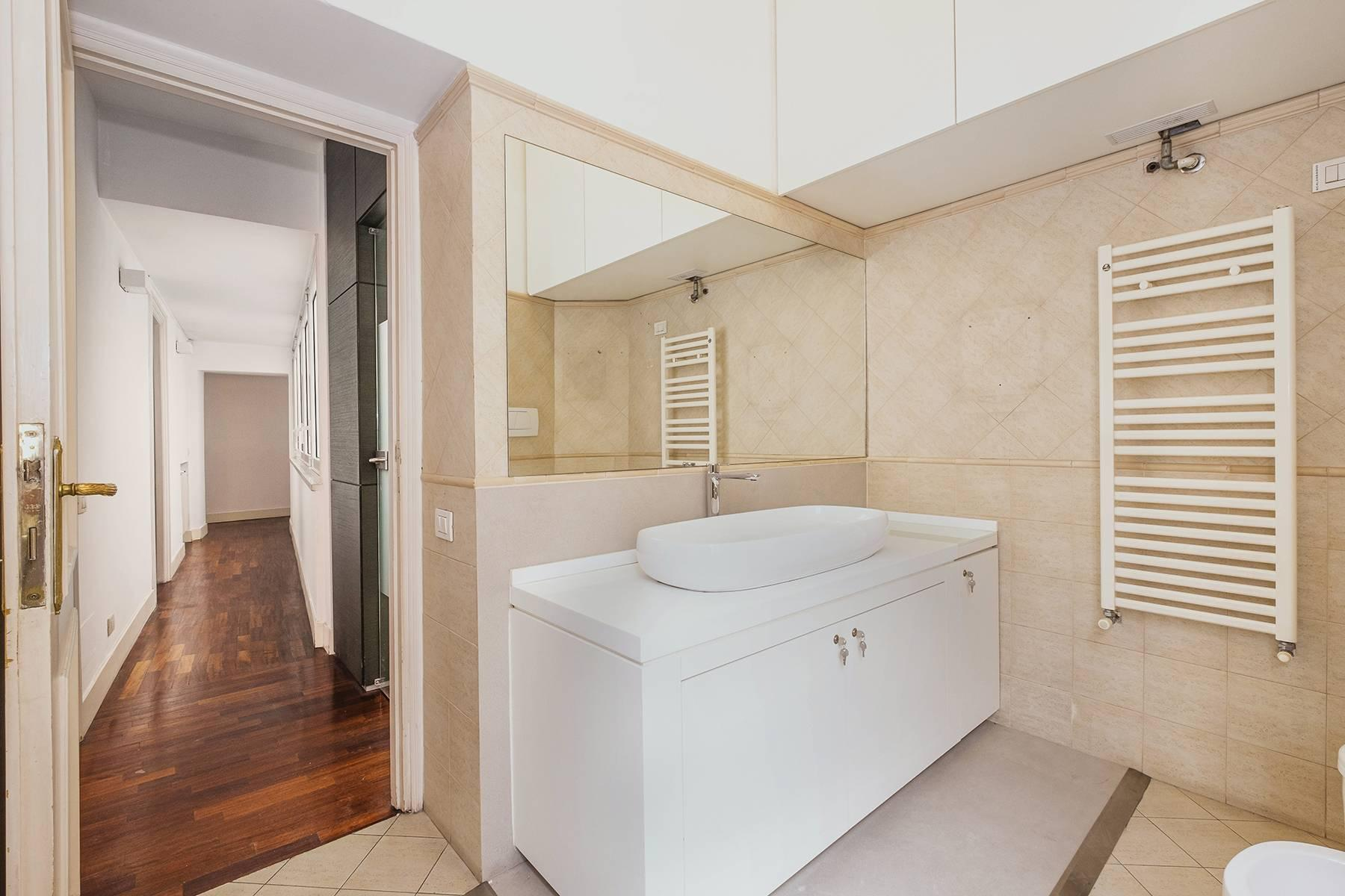 Elegant apartment overlooking the Capitoline hill - 23