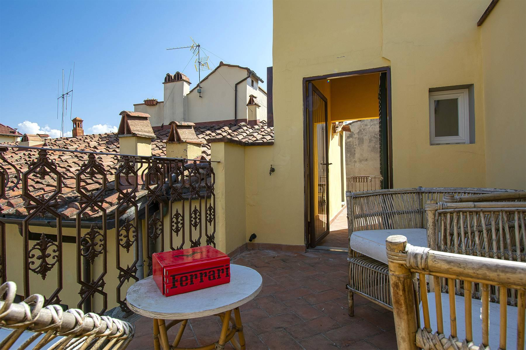 Bright apartment with terrace and magnificent views in the historic centre of Florence - 3