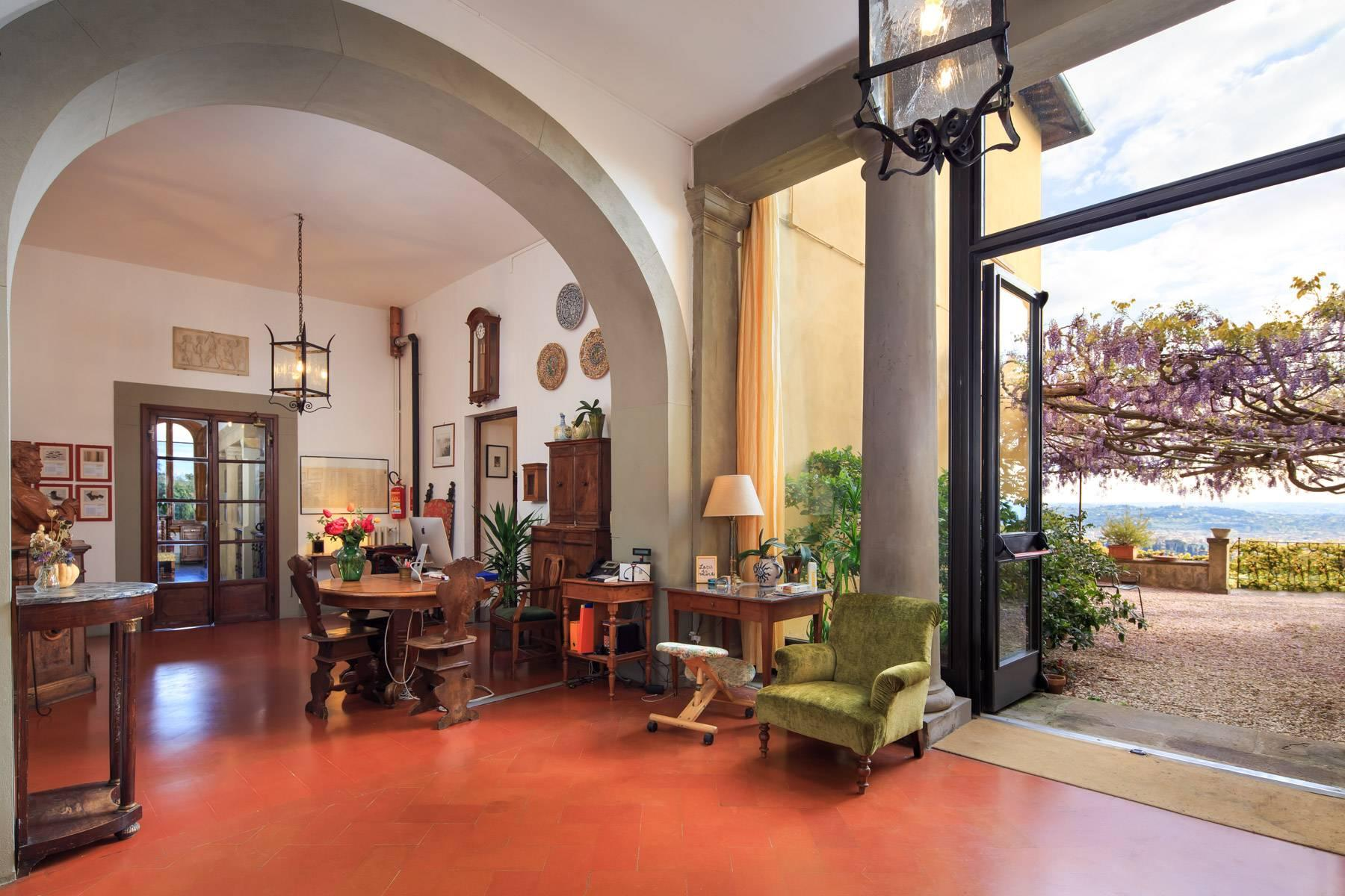Large historic landmark mansion with the most stunning views over Florence - 9