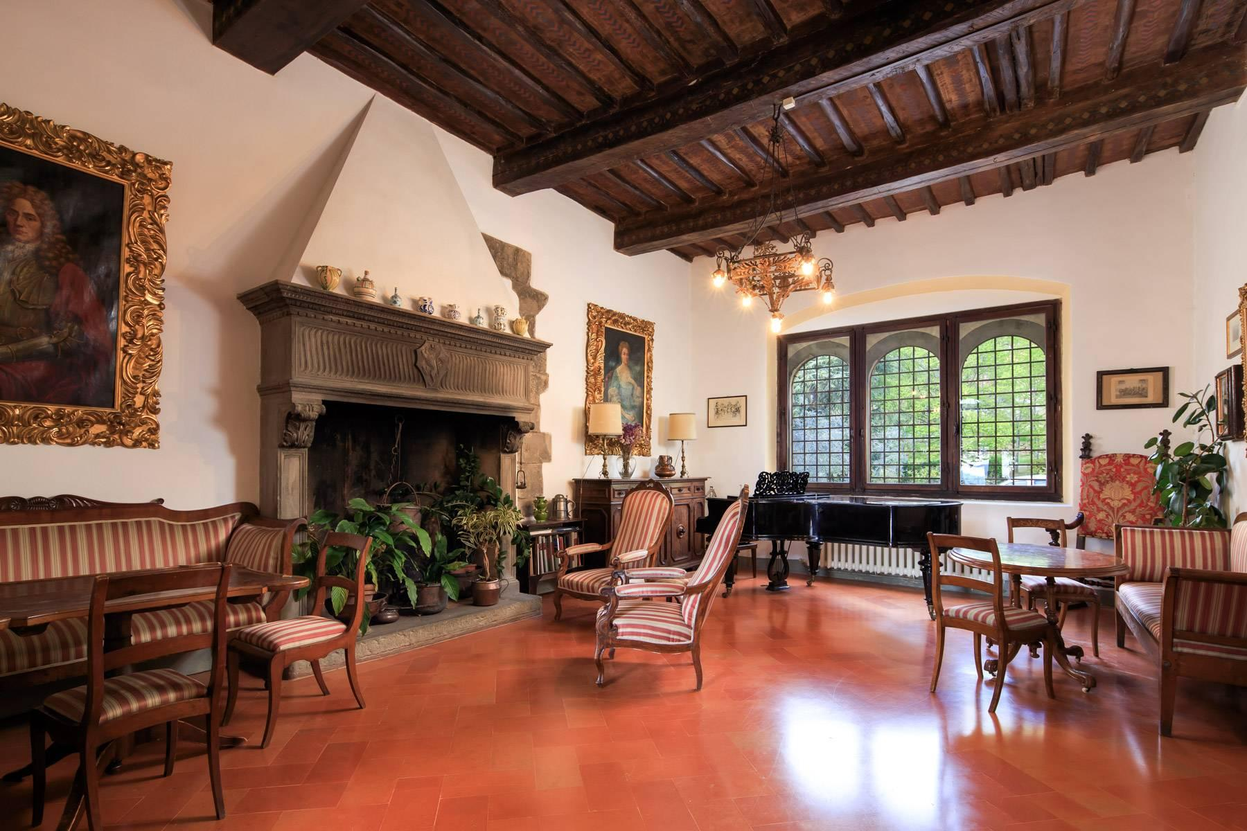 Large historic landmark mansion with the most stunning views over Florence - 11