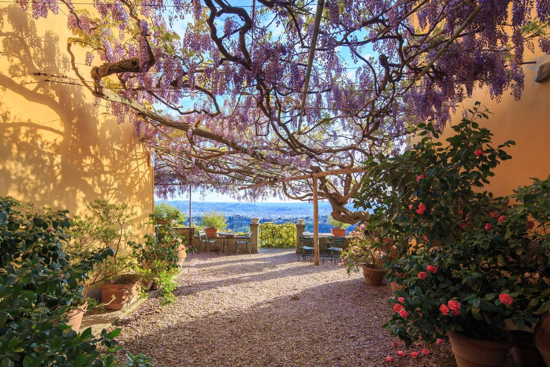 Large historic landmark mansion with the most stunning views over Florence - 13