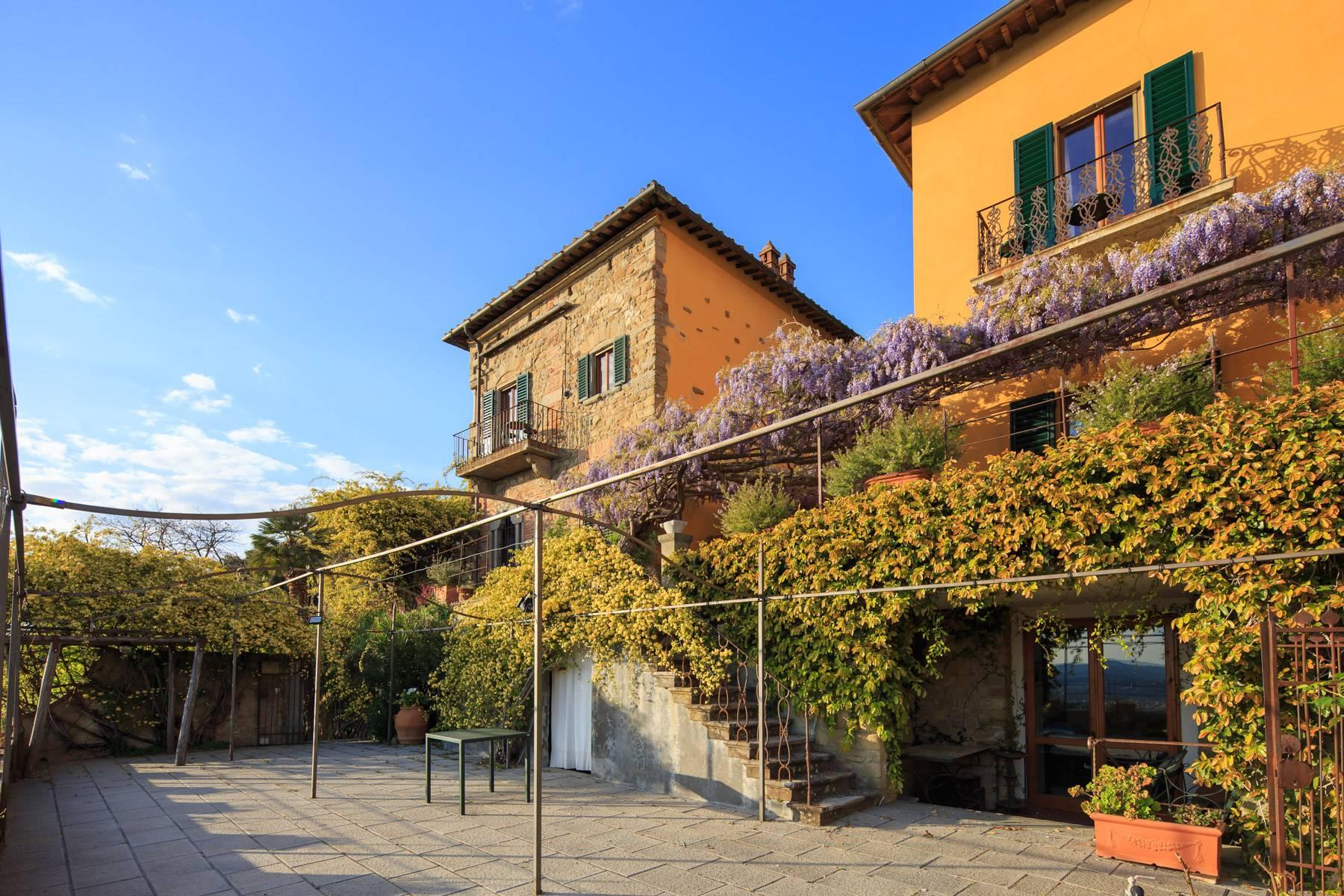 Large historic landmark mansion with the most stunning views over Florence - 20
